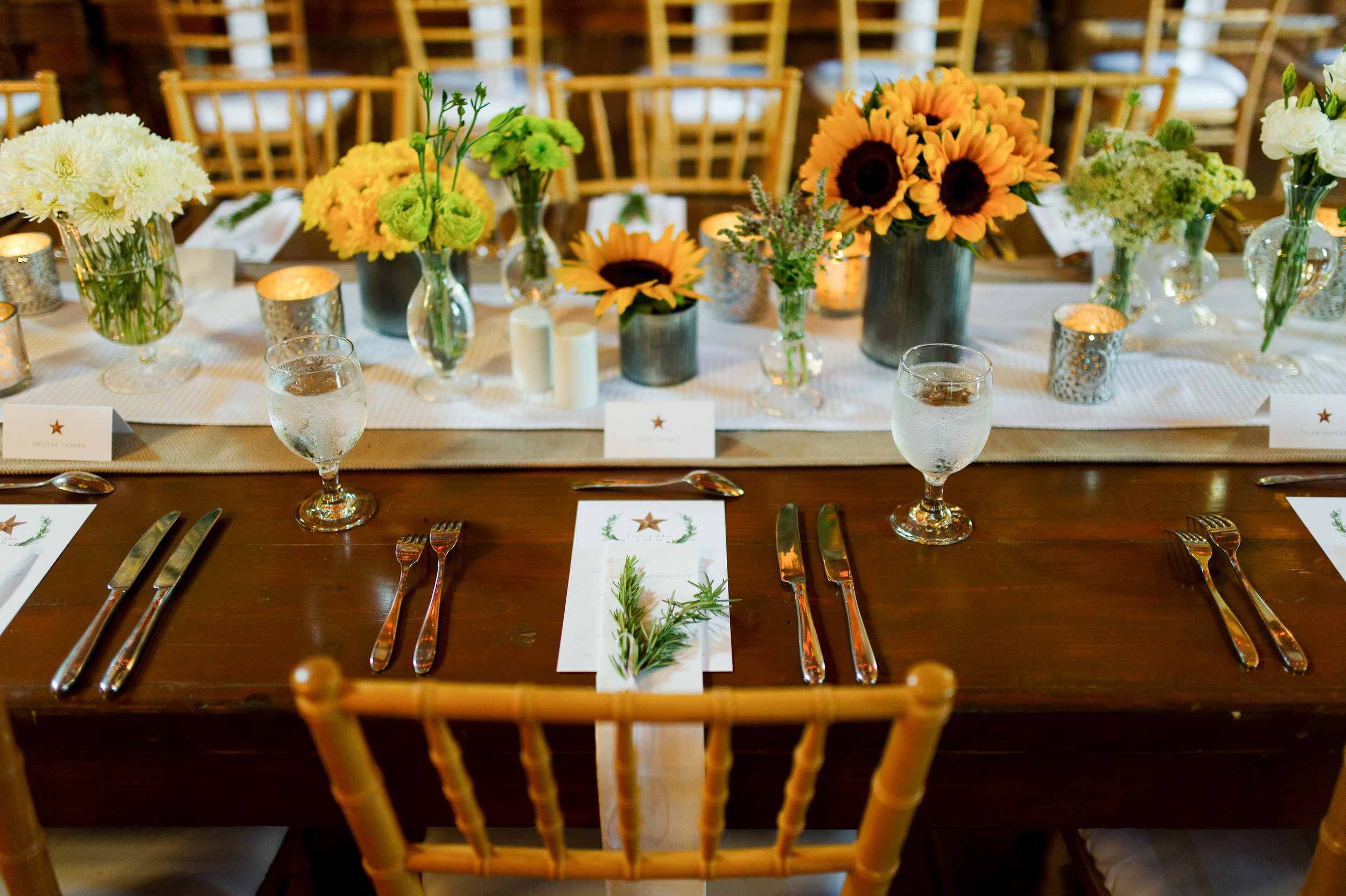 Picture of Table Setting with sunflowers