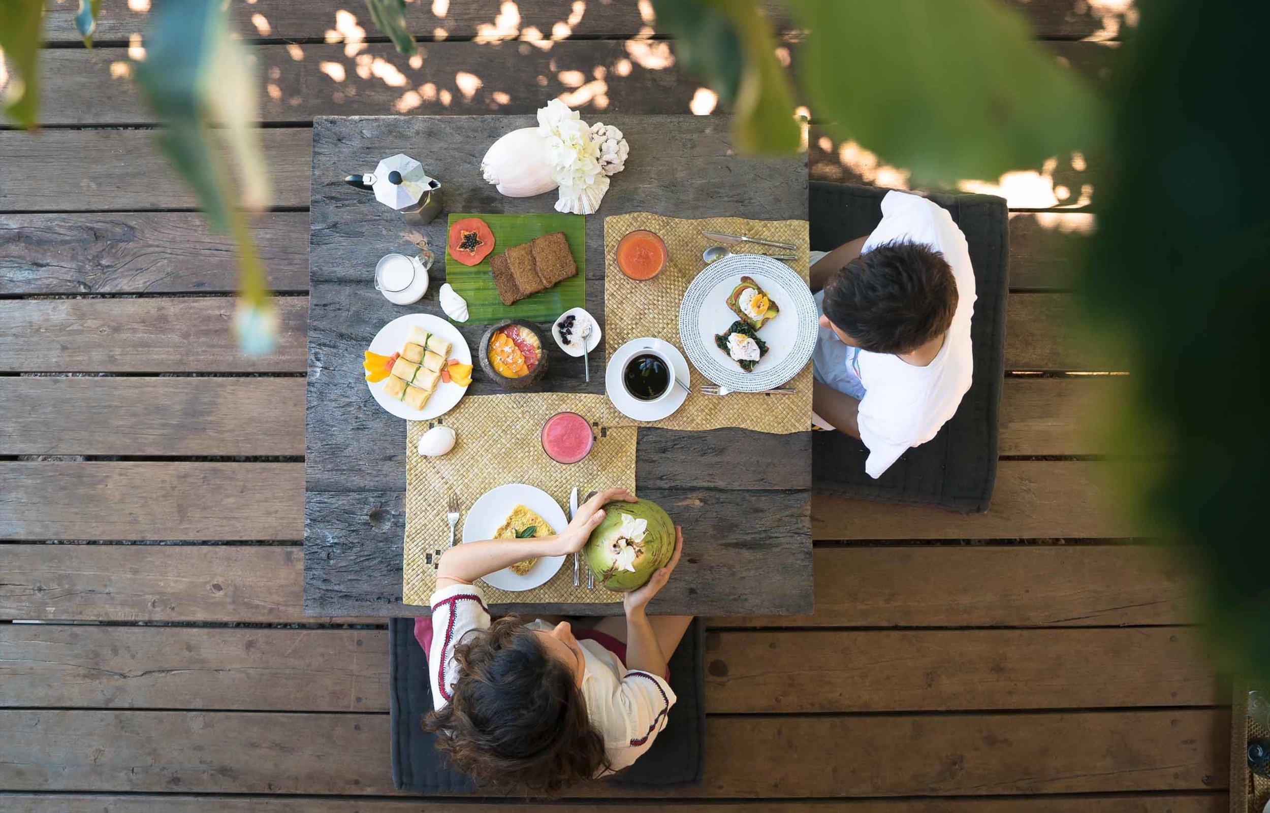Morning routine, breakfast in  Boa Vida