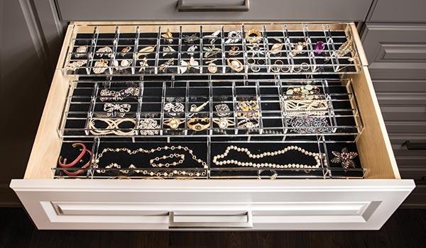 three tier jewelry organizer