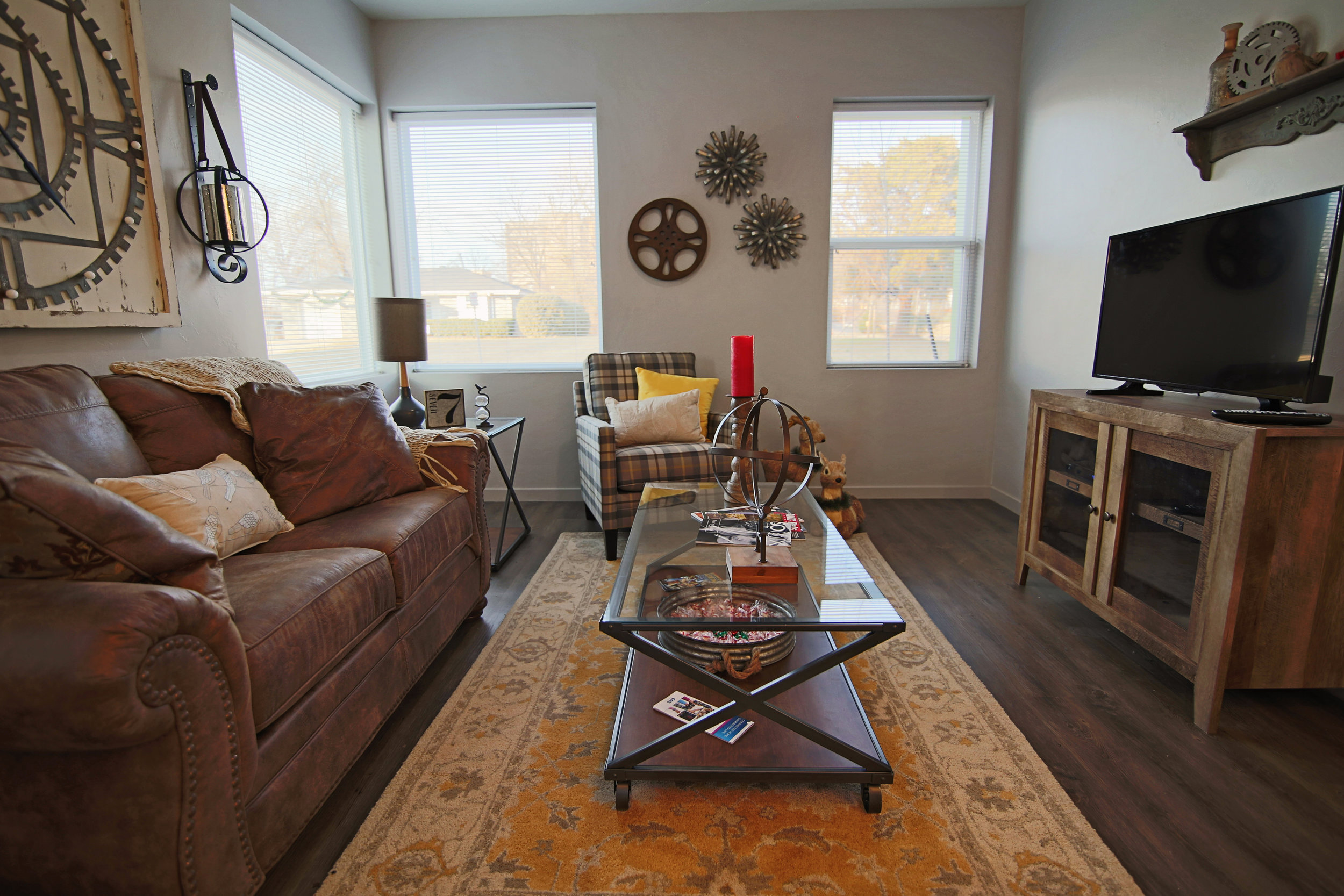Convenient modern living minutes from downtown