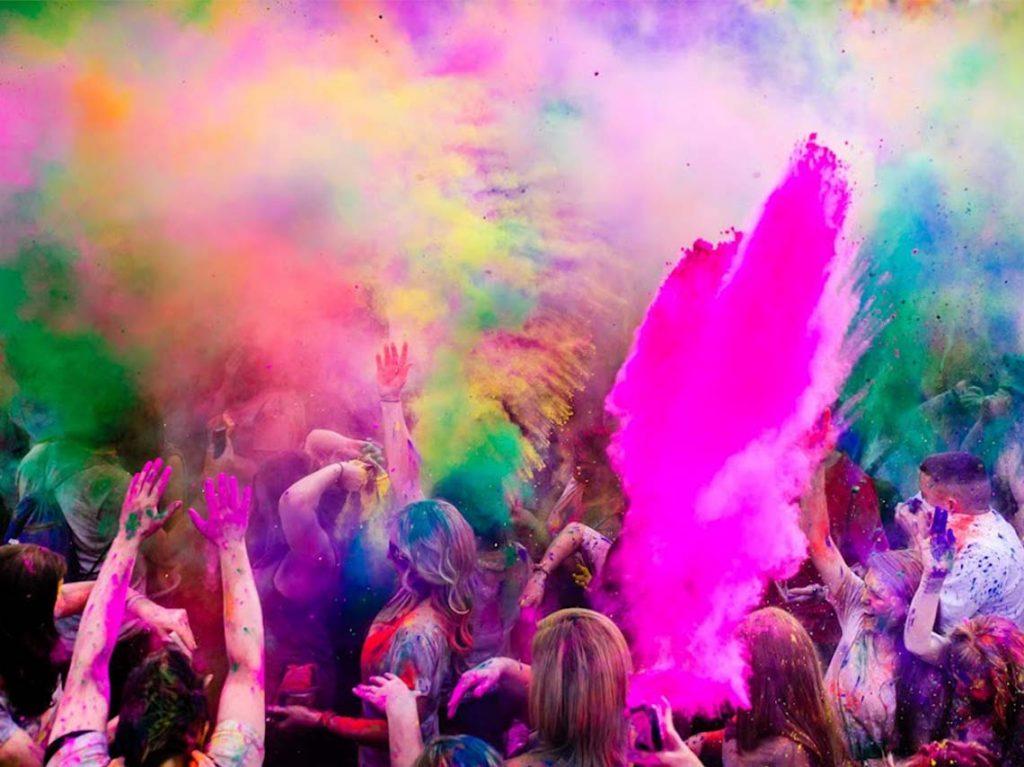 color-fest-en-teotihuacan-festival-polvos-colores-1024x767.jpg