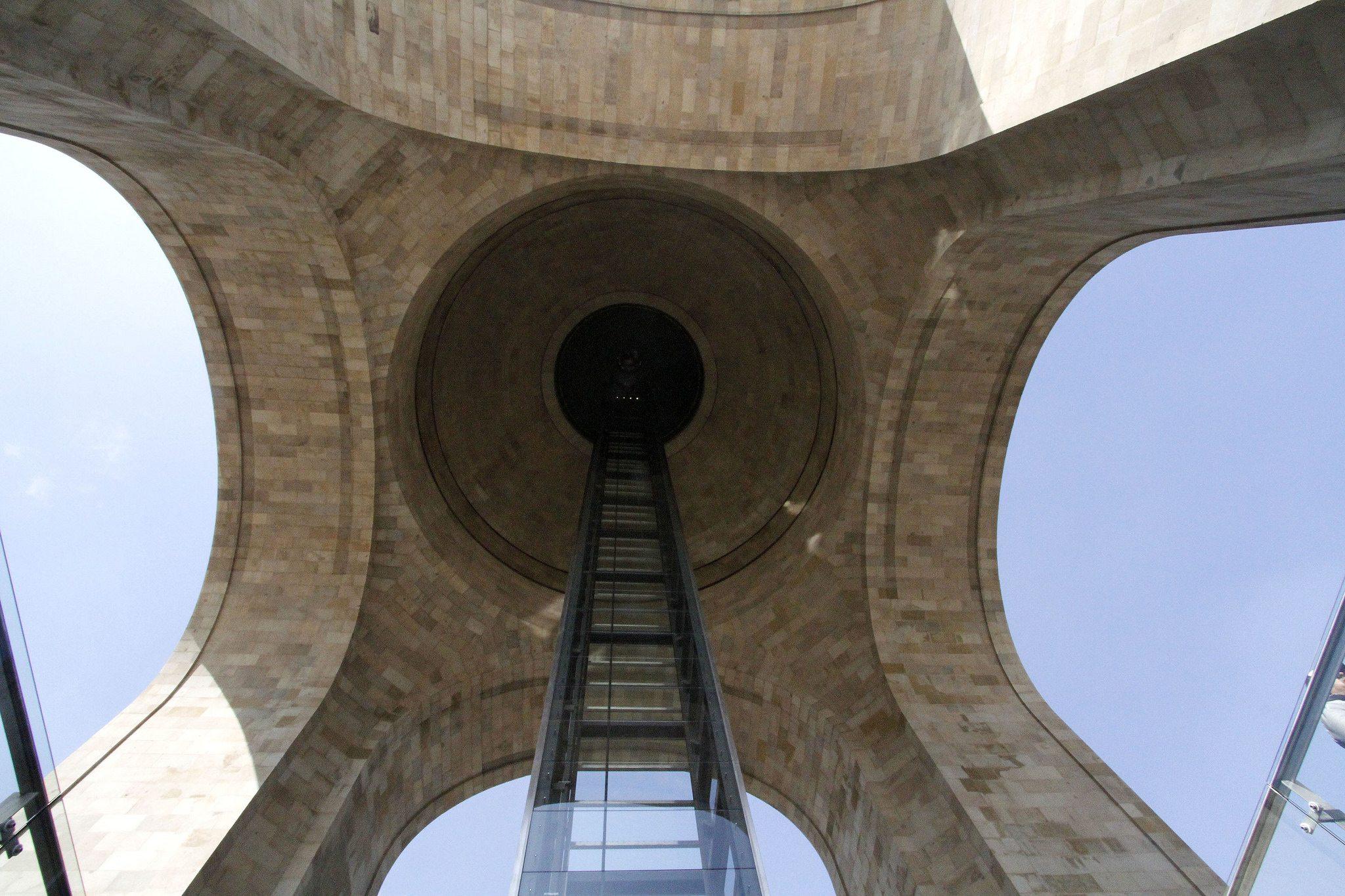 monumento revolución.jpg