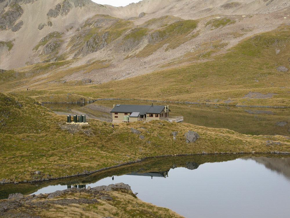 Angelus Hut - Nelson Lakes National Park