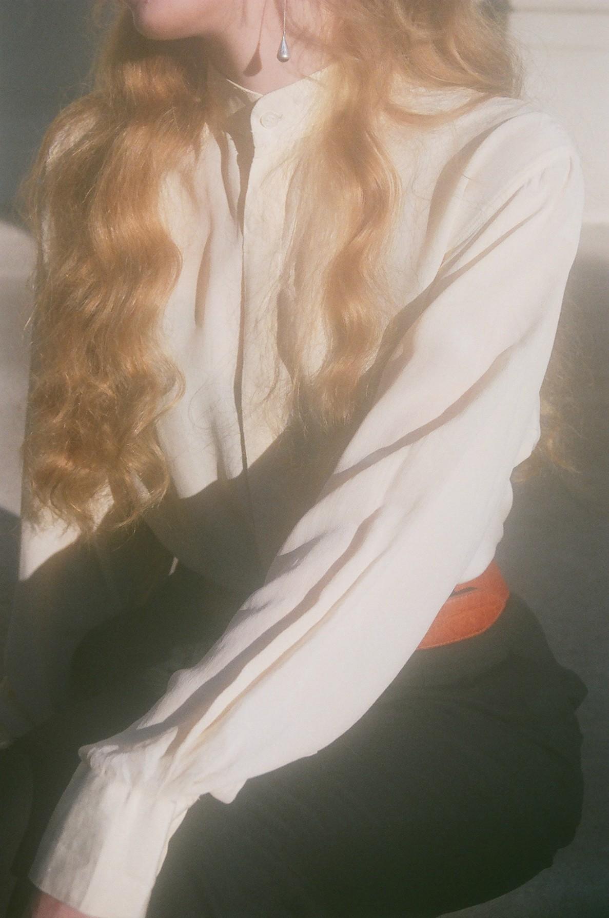silk collarless blouse 1.jpg