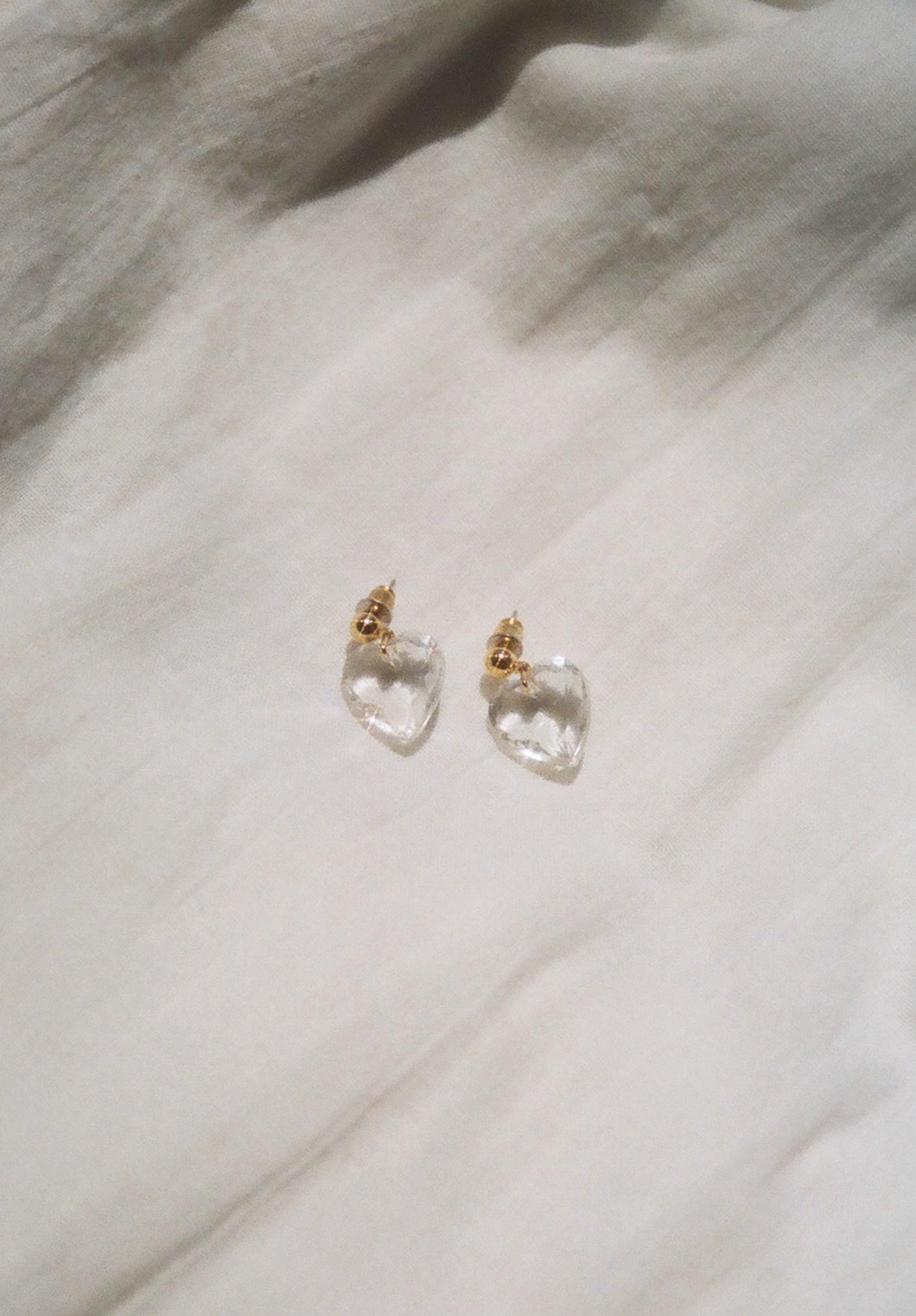 lucite heart earrings 1.jpg