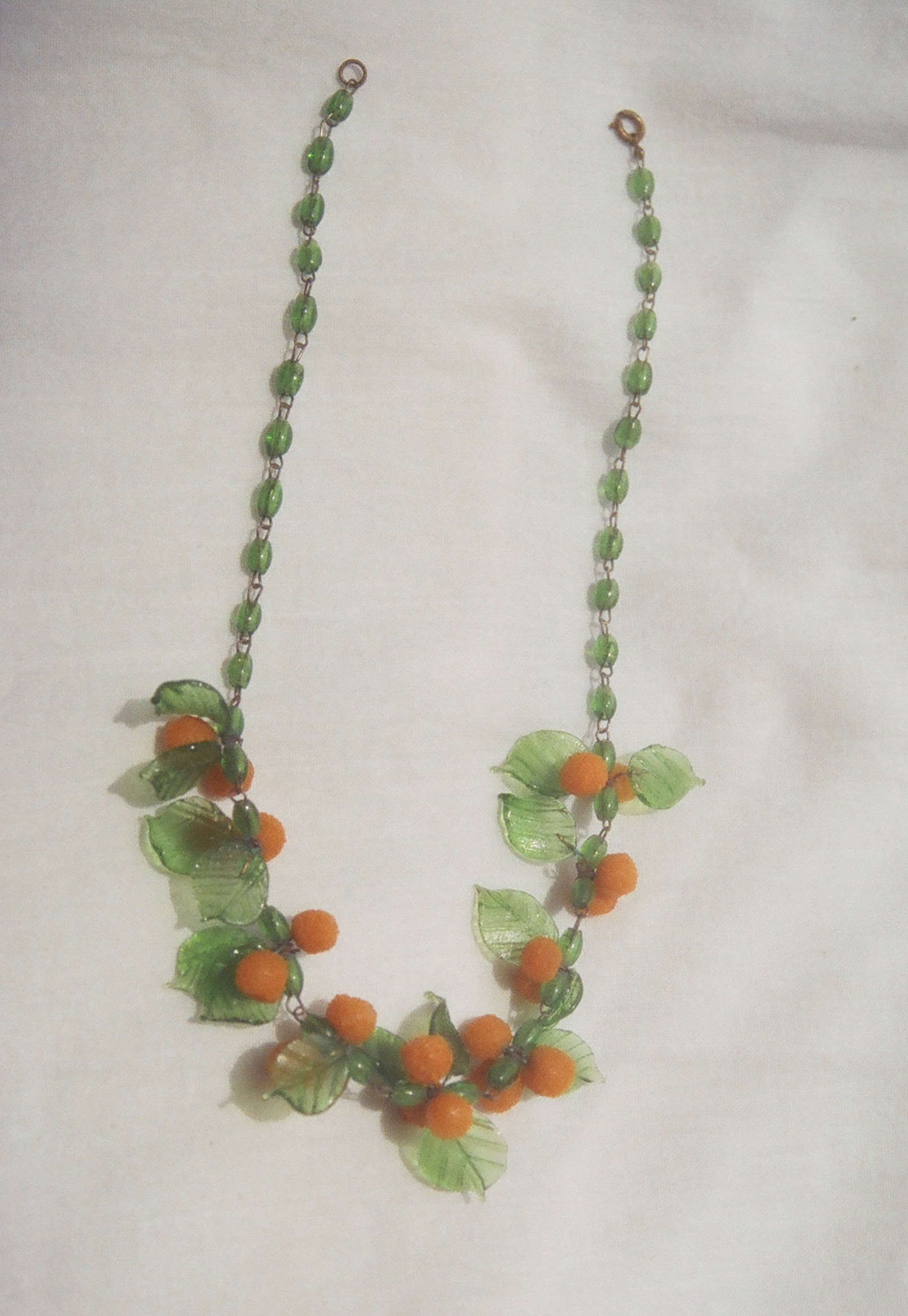 orange glass necklace 1.jpg