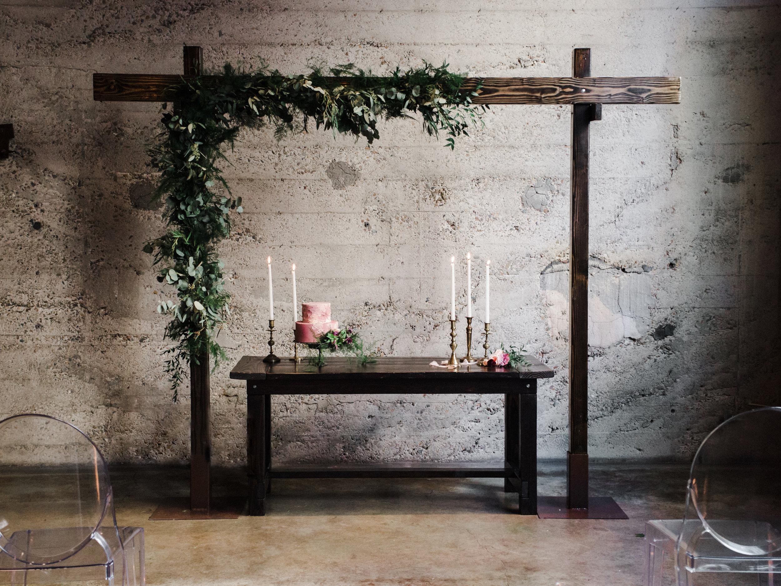 2 MeghanElise Photography - Luce Loft Wedding Inspiration - 7M8A5309-Edit.jpg