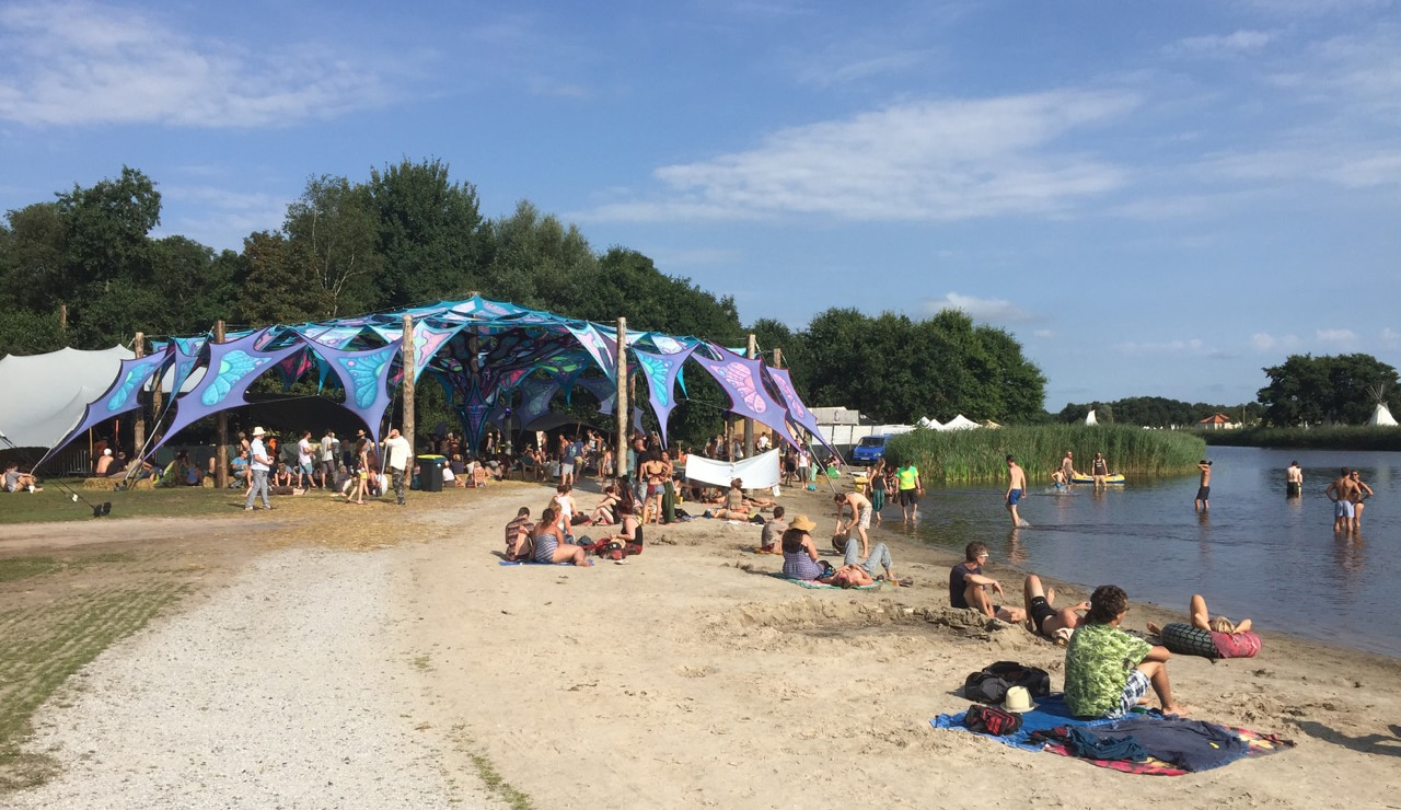 The Chill Out stage at Psy-Fi Festival ( Credit:     Dutch Review   )