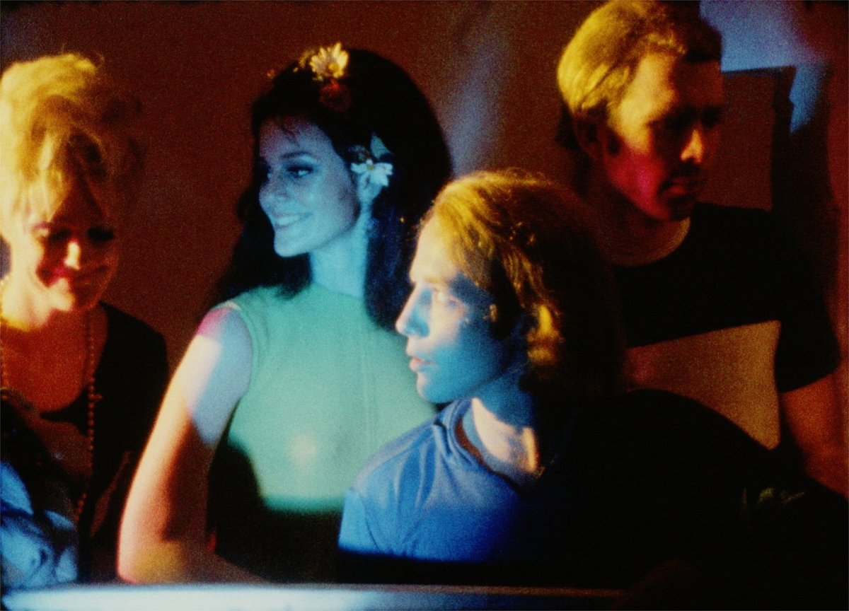 Andy Warhol, Their Town (Toby Short) [version 2], 1966. Pictured: Ingrid Superstar, Susan Bottomly, Eric Emerson, George Millaway. [MOM 13883 frame-048404] ©2018 The Andy Warhol Museum, Pittsburgh, PA.