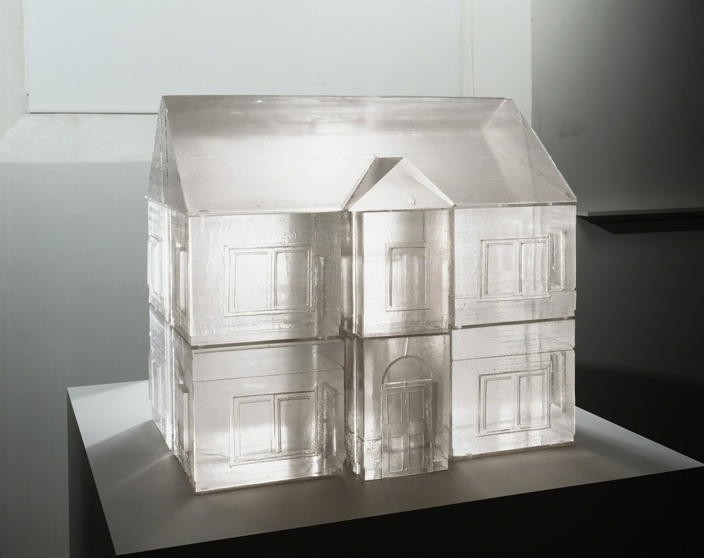 Rachel Whiteread, Ghost, Ghost I, 2008 Polyurethane (fourteen parts). Photo courtesy of Gagosian.