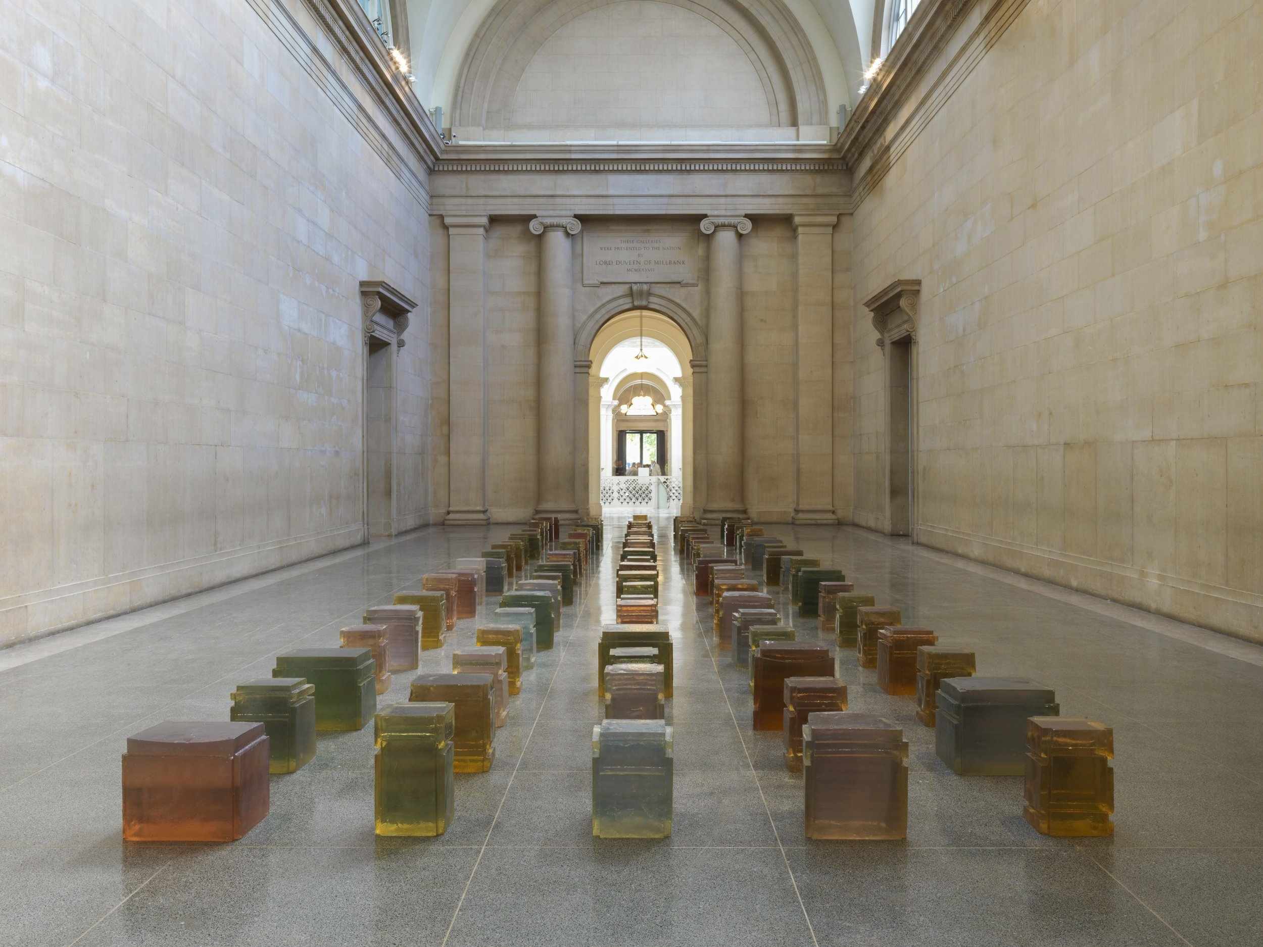 Rachel Whiteread, Untitled (One Hundred Spaces), 1995. Resin. Pinault Collection © Rachel Whiteread. Photo: © Tate (Seraphina Neville and Andrew Dunkley)