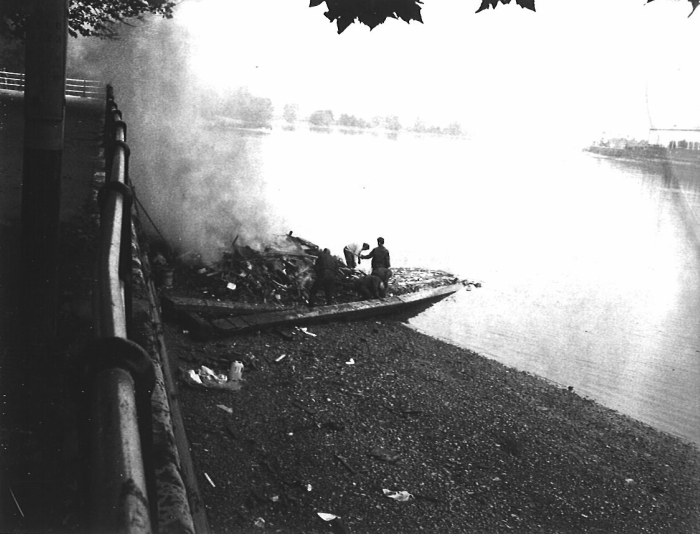Sidney Nolan Burned boat on bed of the Thames, 1967, National libraryof australia © Sidney Nolan Trust.