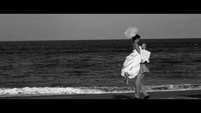 Waves. . . . . . #wedding #weddingvideo #weddingvideographer #weddingvideography  #weddingfilm #cinematicwedding #sonyalpha #dji #drone #weddingcinema #weddingcinematography #video #sea #ocean #destinationwedding #videography #videographer #cinematic #cinematographer #instagood #instawedding #weddinggoals #weddinginspiration #weddingday #engaged #engaged💍 #weddingday #landscape #beachwedding #obxwedding #love