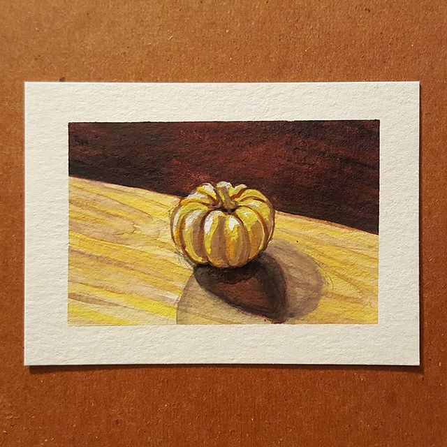 Pumpkin study in gouache, and drawing lesson with @kleptonight 🖤 The last picture is his finished drawing! I'm so proud 😍 . . #gouache #gouachepainting #stilllife #stilllifepainting #study #artlesson #drawinglesson #slcart #slcartist #painting