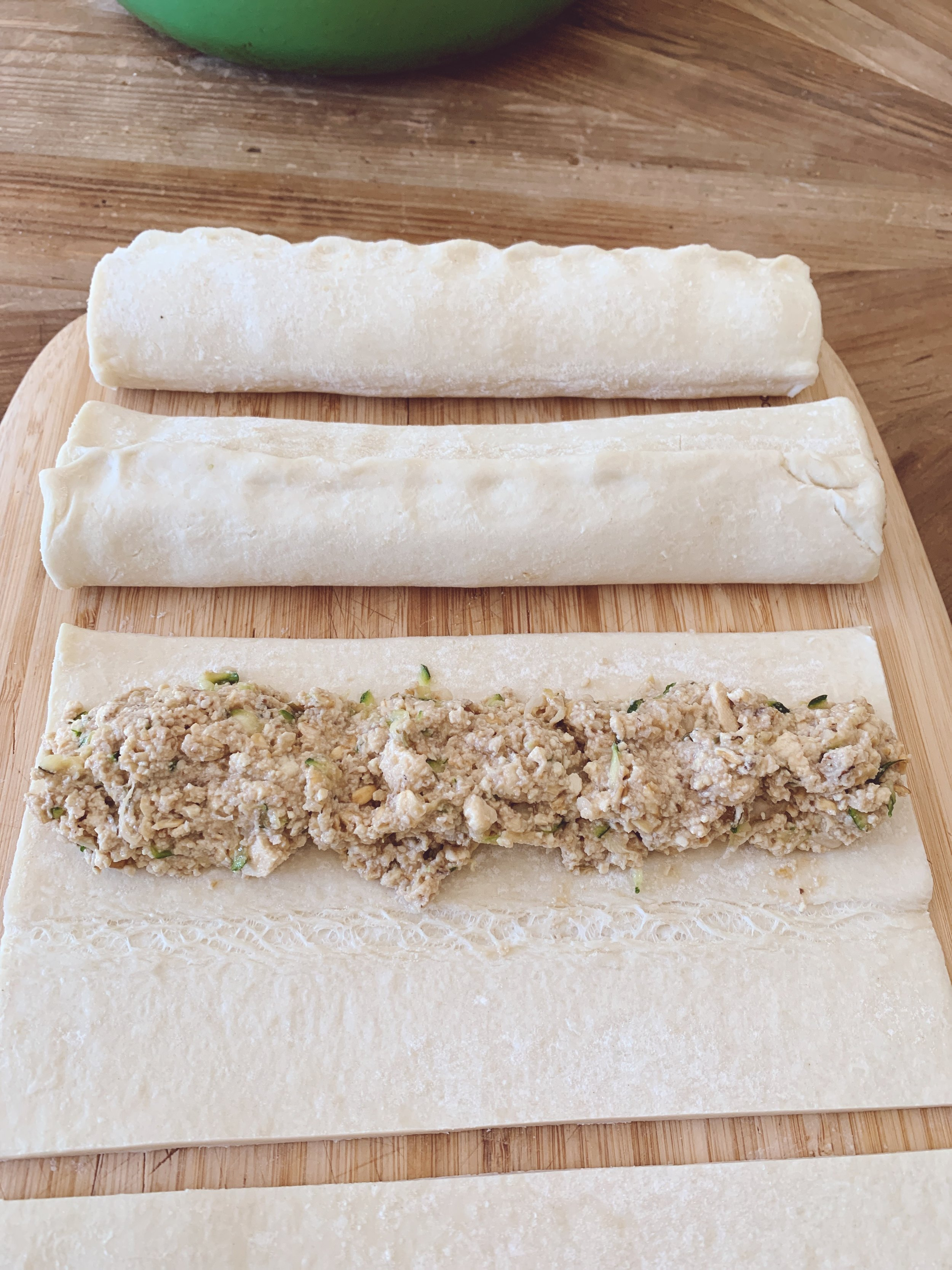 Cut your pastry either in half or thirds depending upon the size of the pastry. Lay sausage mix down centre of pastry. Bring pastry edges together as you make a roll shape. Press the pastry edges together.