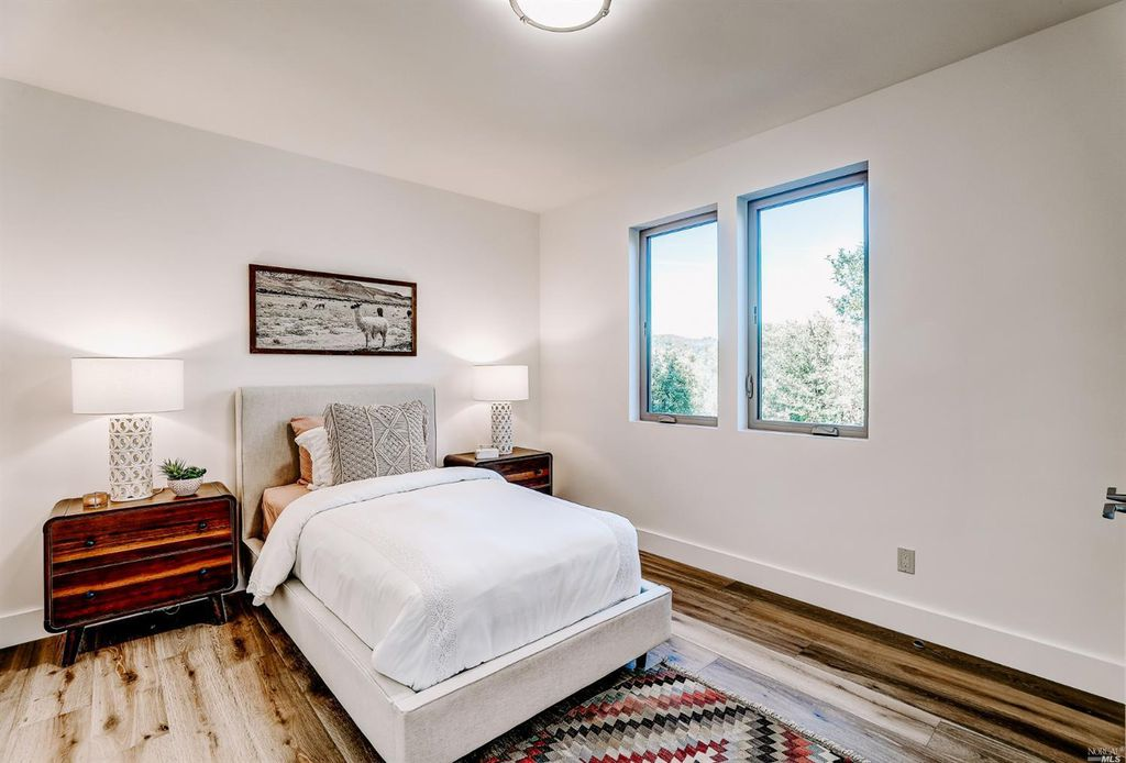 14MPC_Bedroom2.jpg