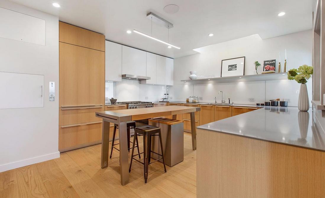1338 Filbert Street - kitchen