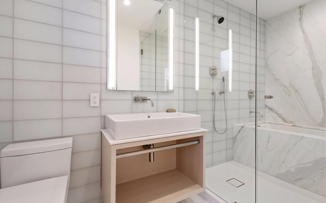 1338 Filbert Street - bathroom 2