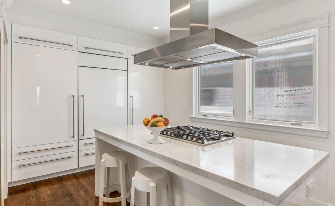 140 32nd Avenue - kitchen
