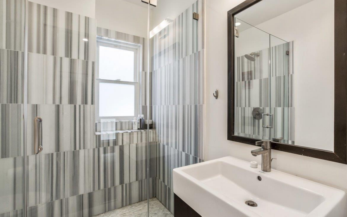 140 32nd Avenue - bathroom 2