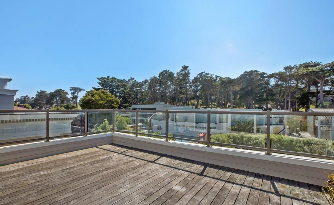 140 32nd Avenue - rooftop deck