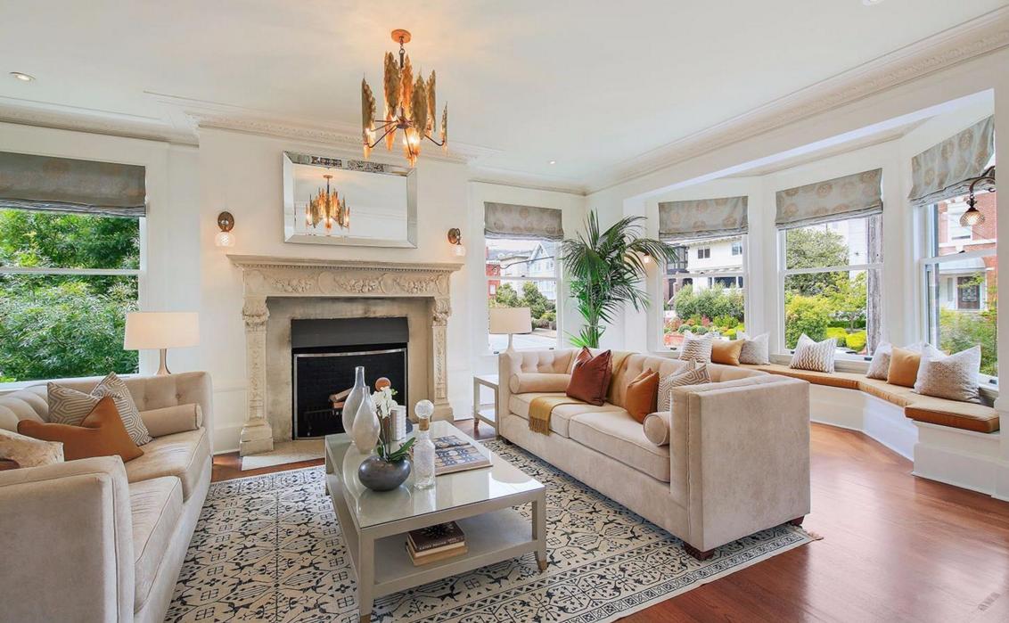 2153 Lake Street - living room