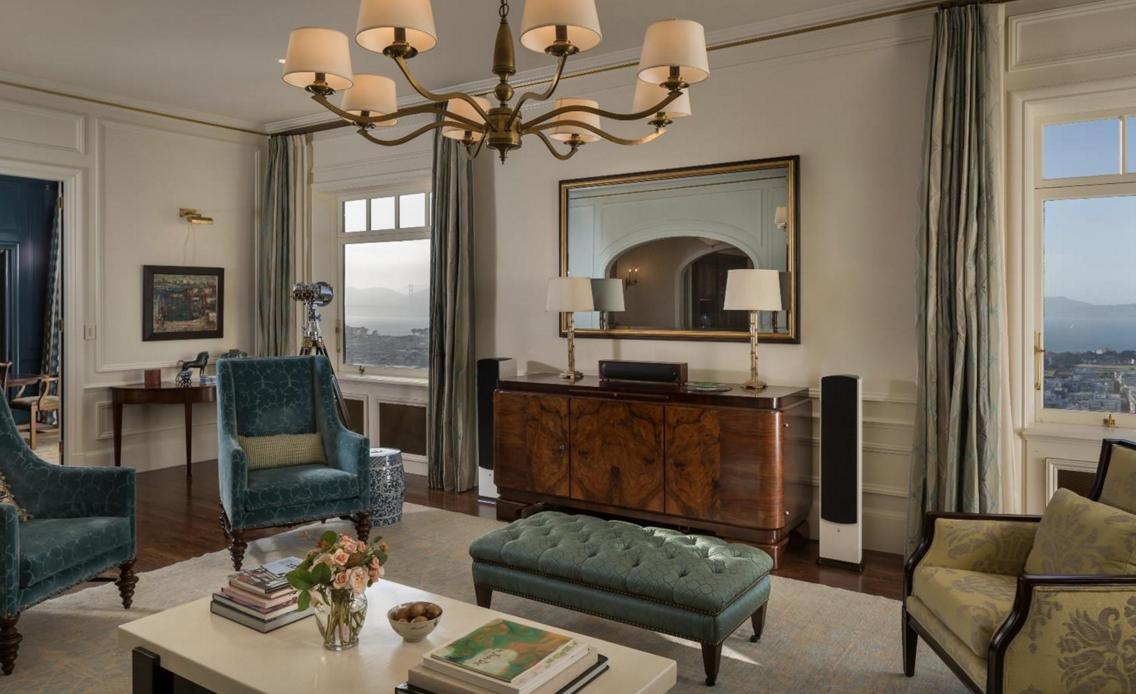 1940 Vallejo Street #11 - living room
