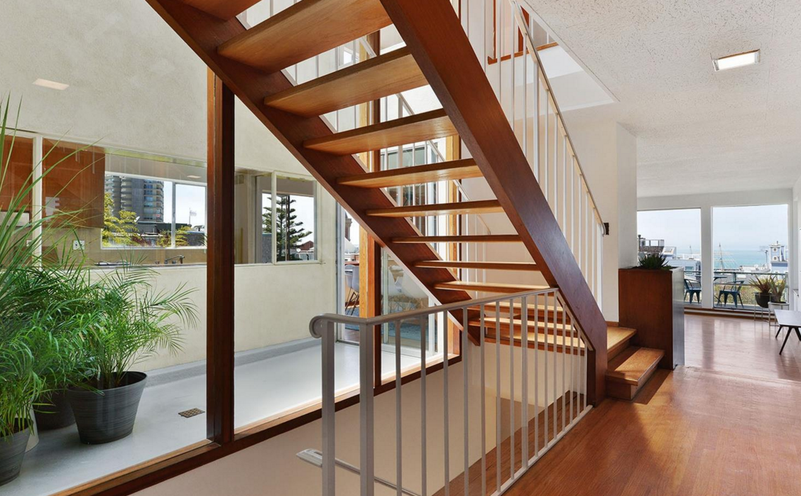 836 Bay Street - staircase