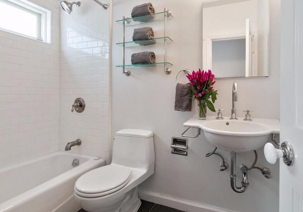 1480 Golden Gate Avenue - bathroom
