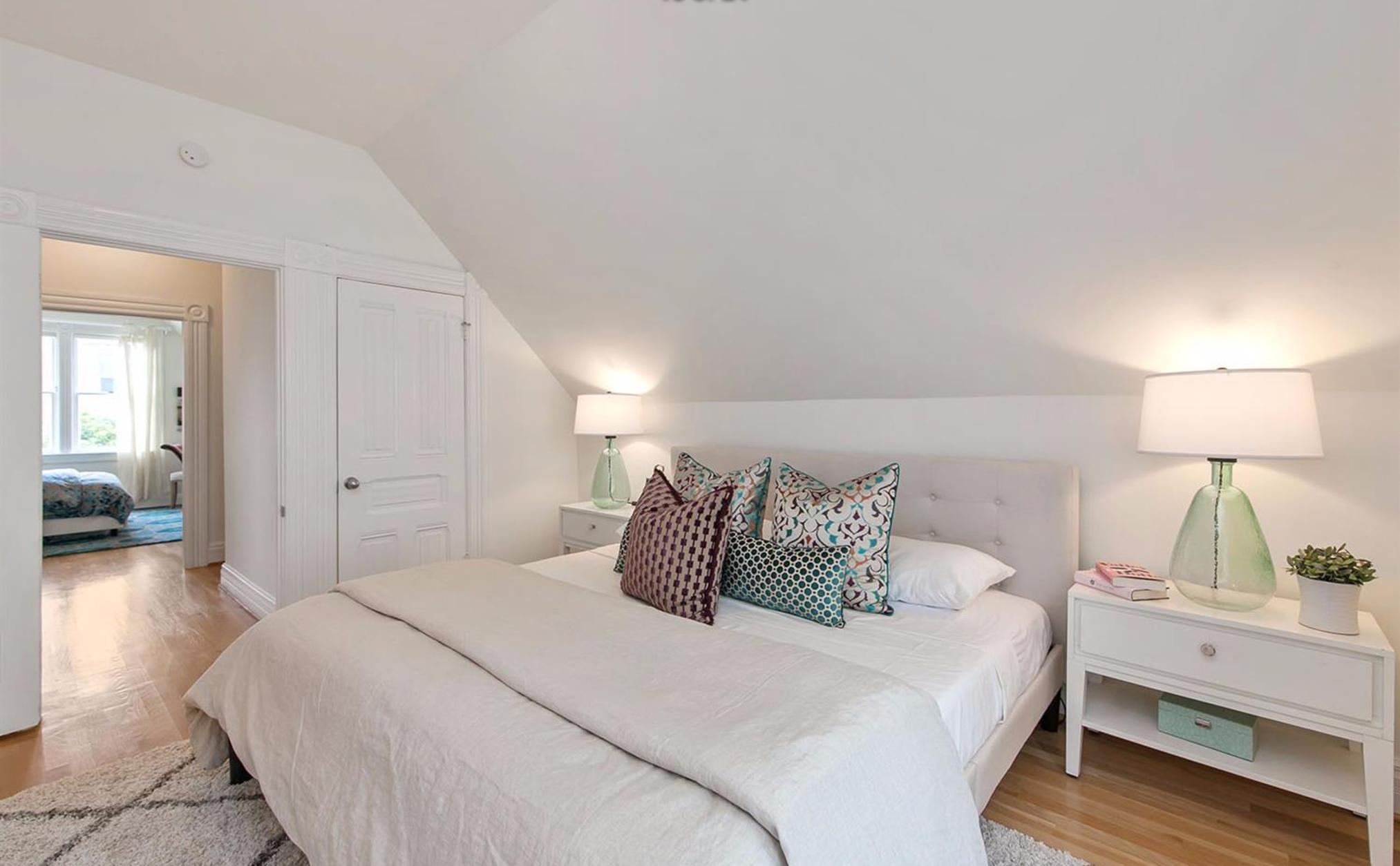 405 Laurel Street - Bedroom