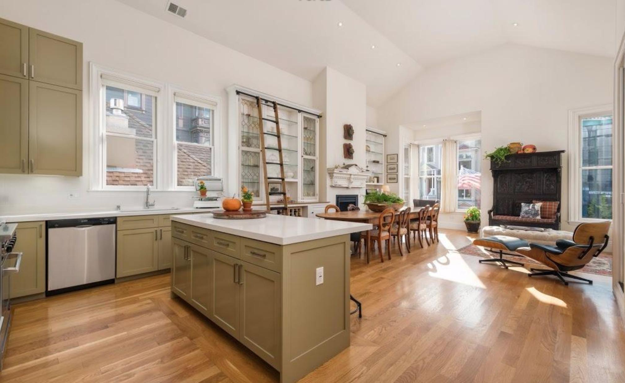 816 Scott Street - Living Room