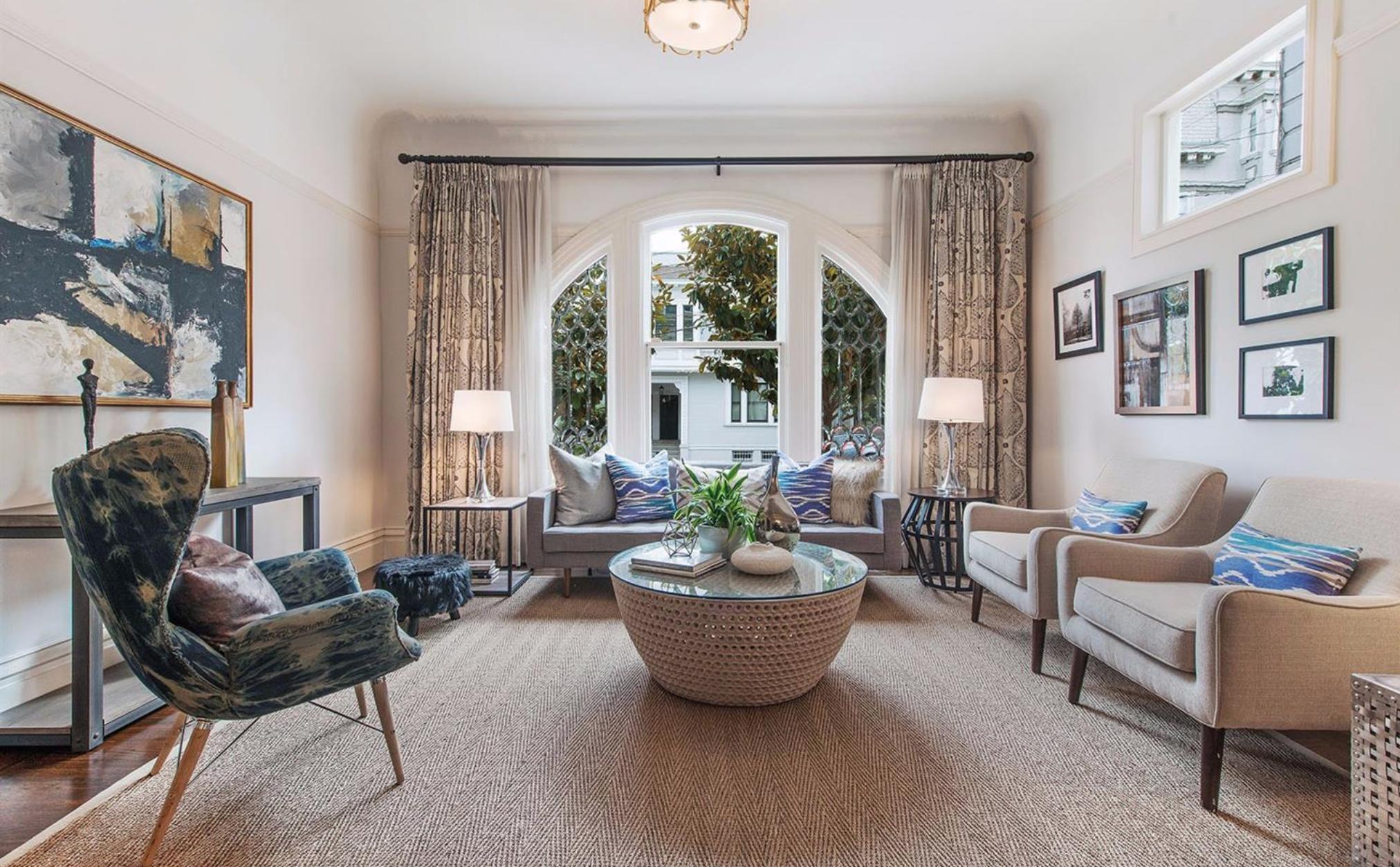 2929 Fillmore Street - Living Room