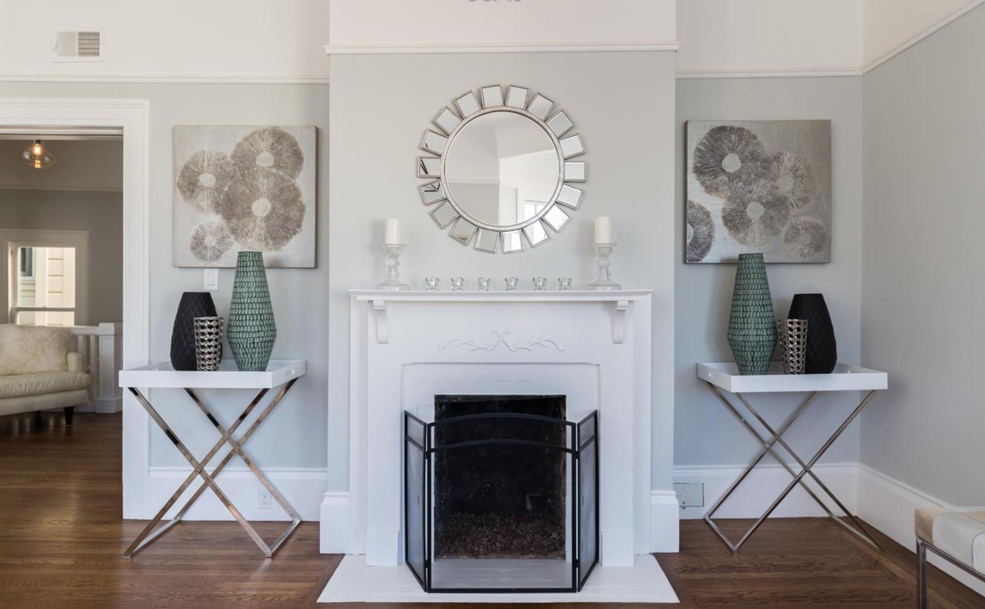 2859 Steiner Street - Fireplace