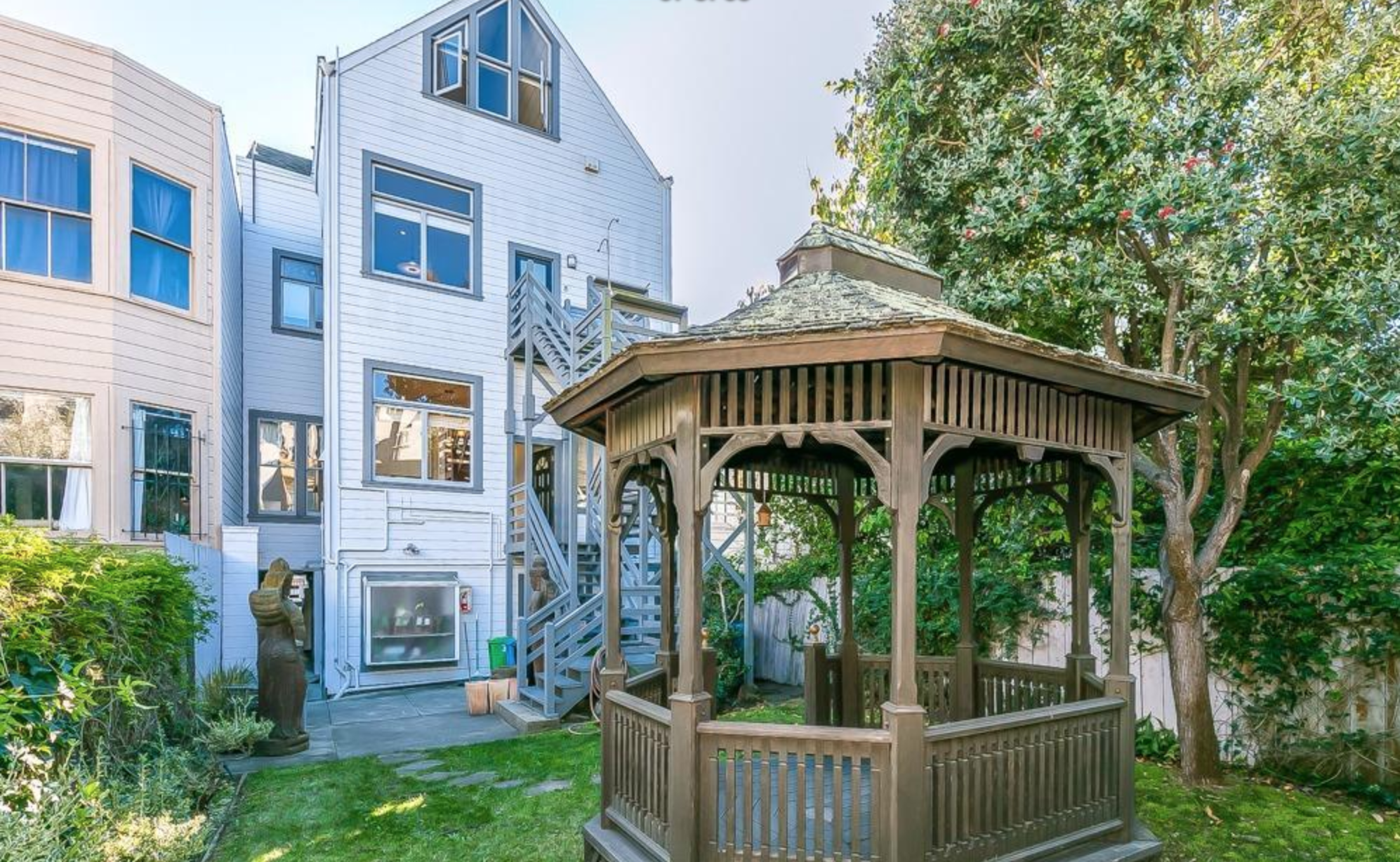 2128 Sutter Street - Backyard