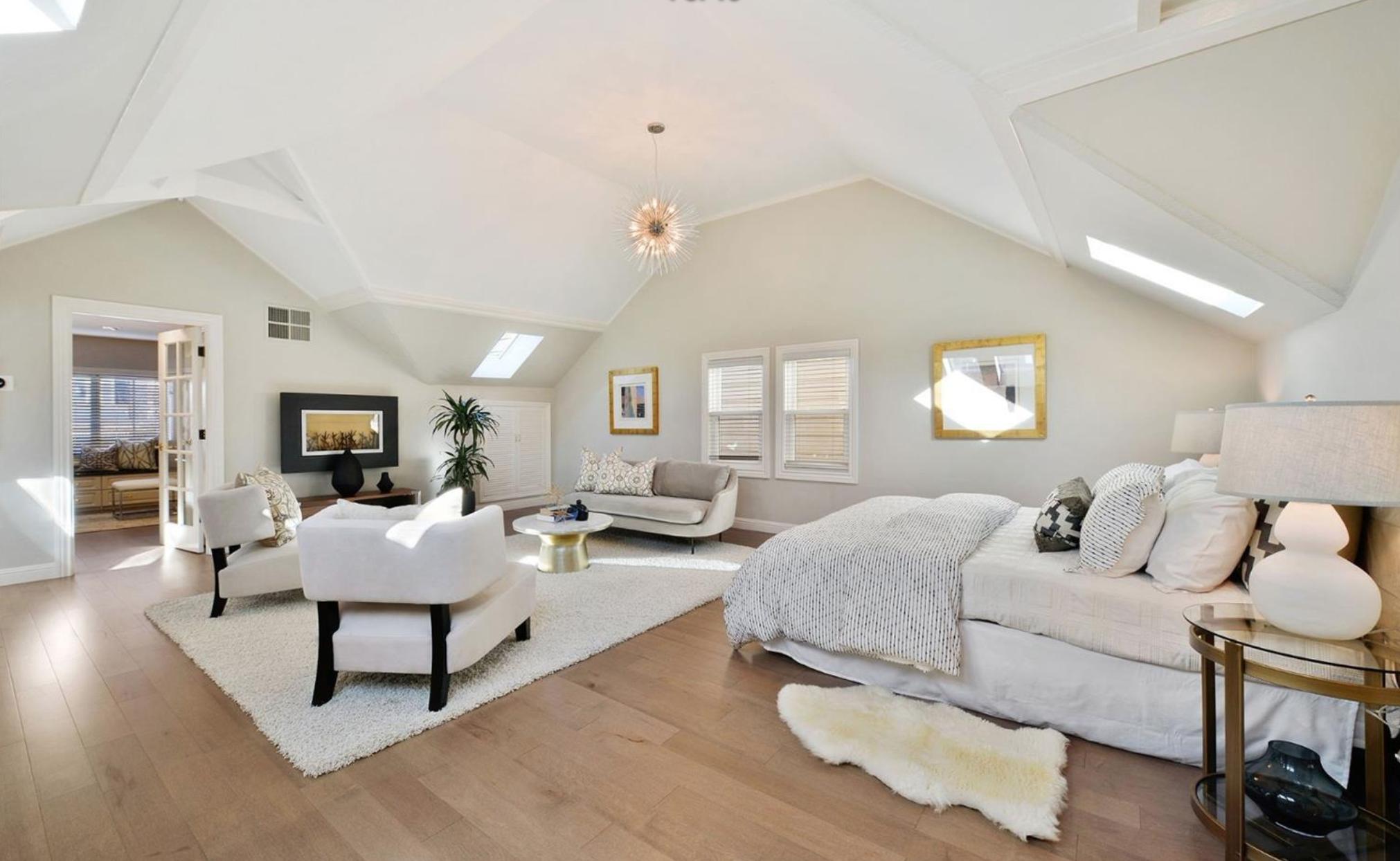 839 North Point Street - Master Bedroom