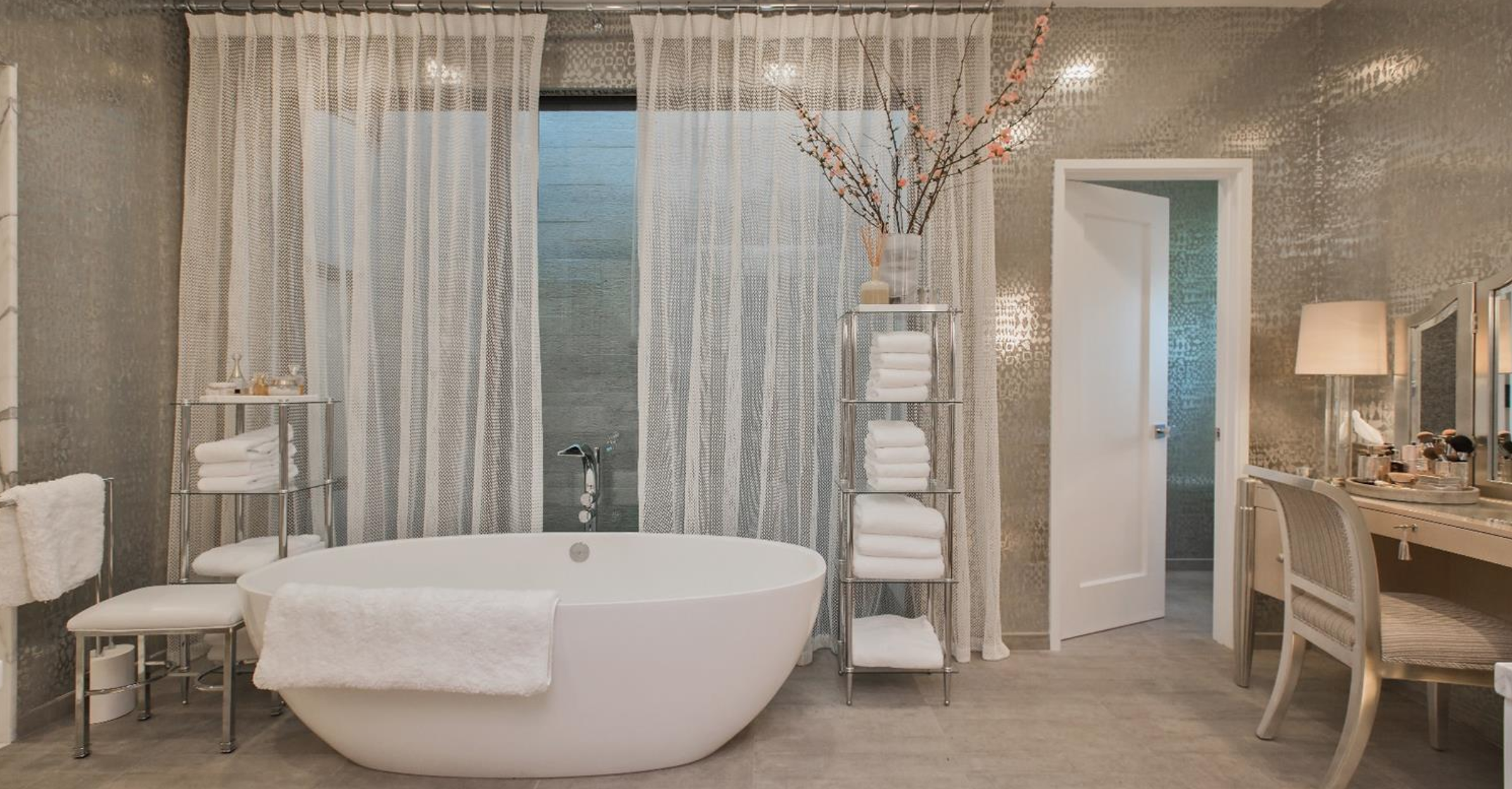2764 Greenwich Street - Bathroom