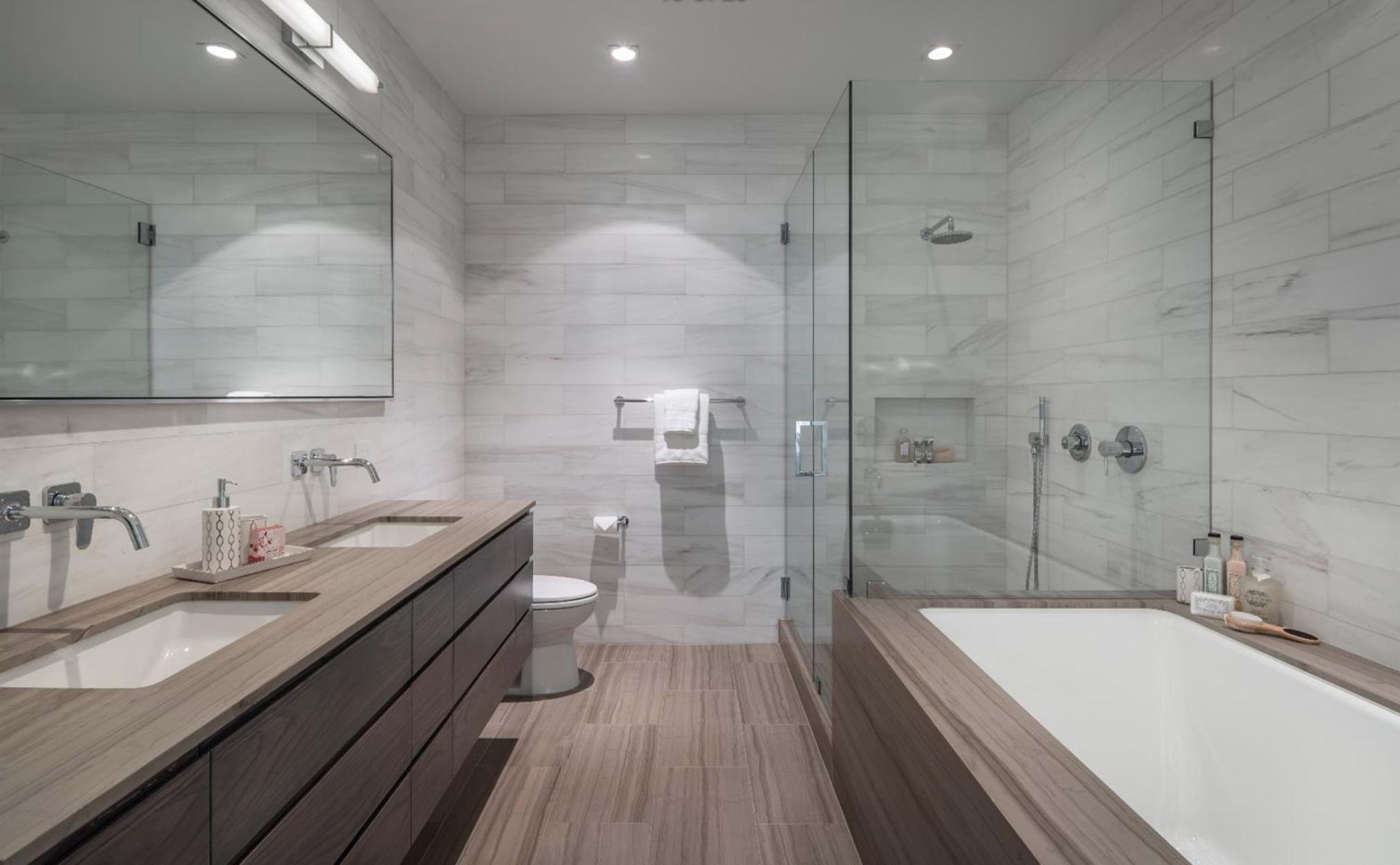 2062 Jackson St - Master Bathroom Suite