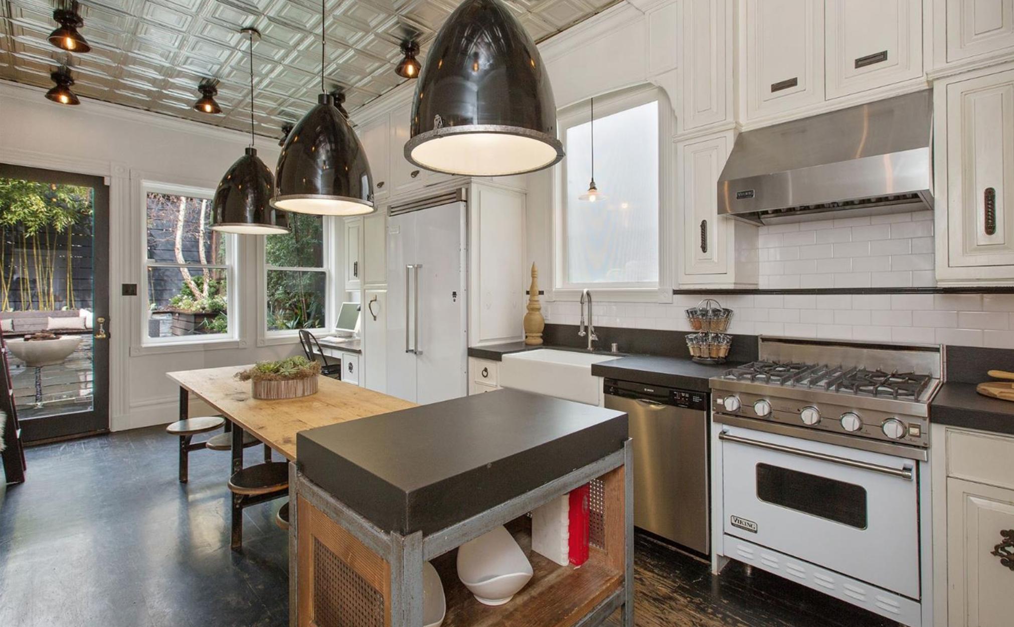 3880 Sacramento St - Kitchen