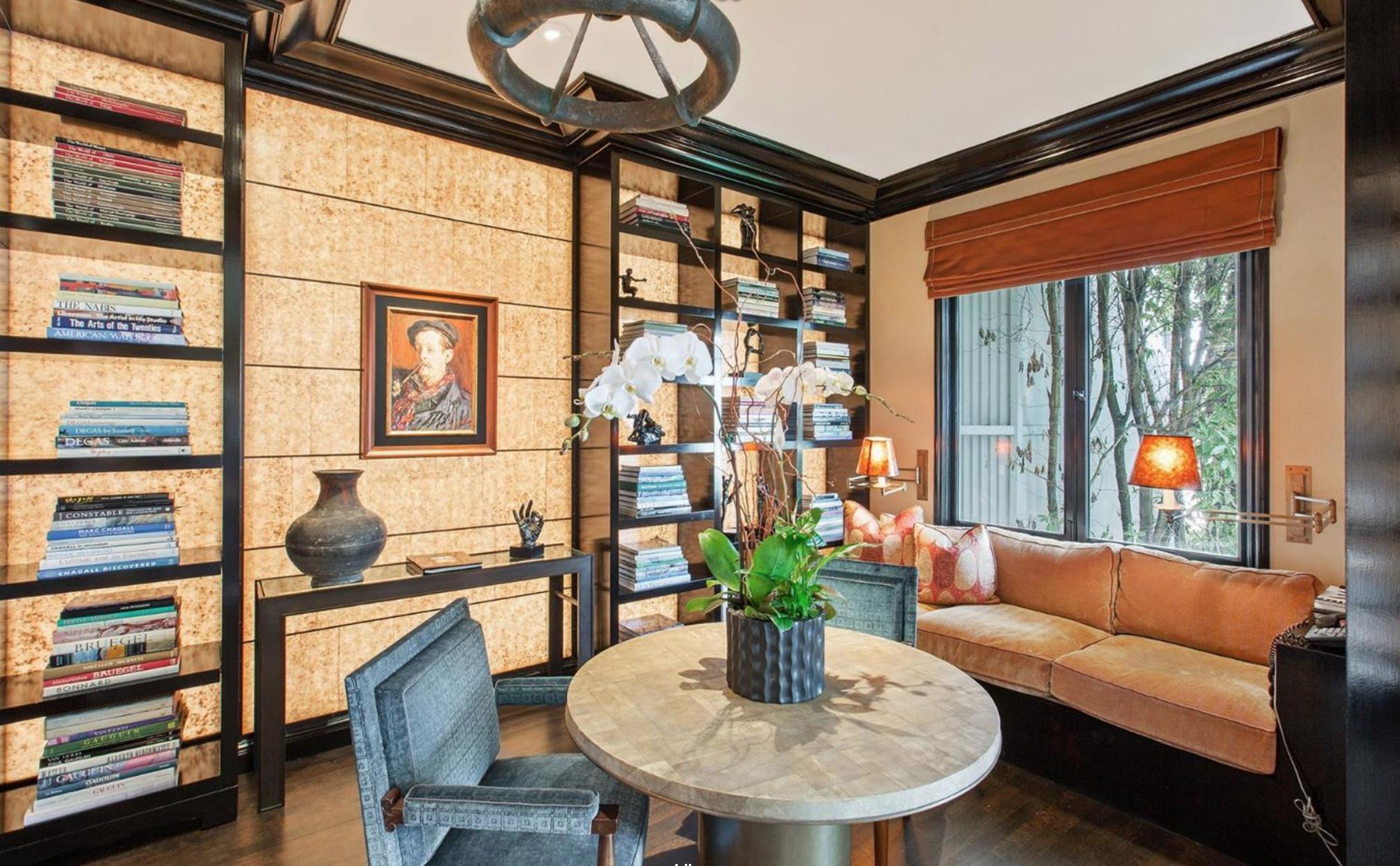 2050 Jackson Street - Lounge
