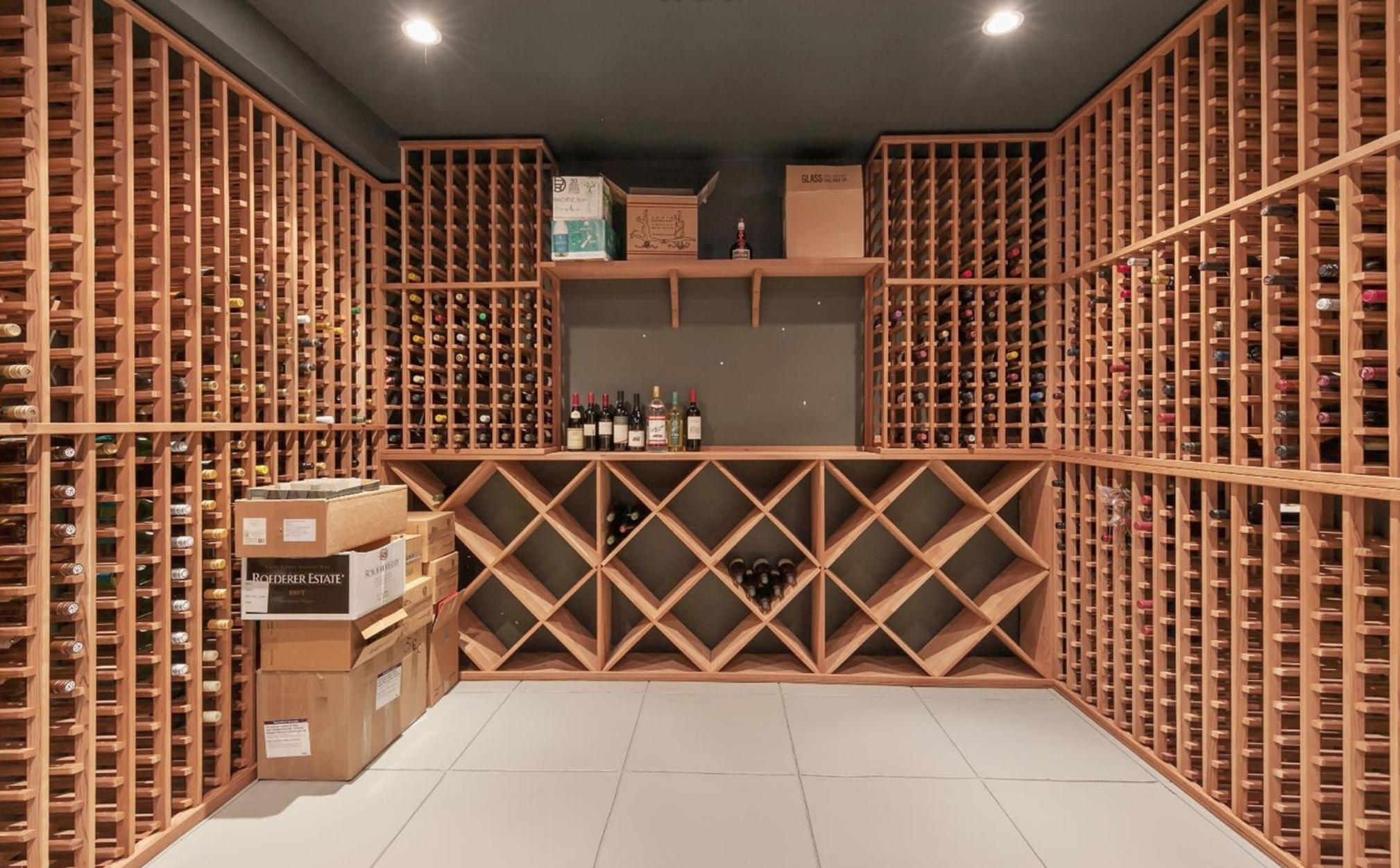 2219 Scott Street - Wine Room