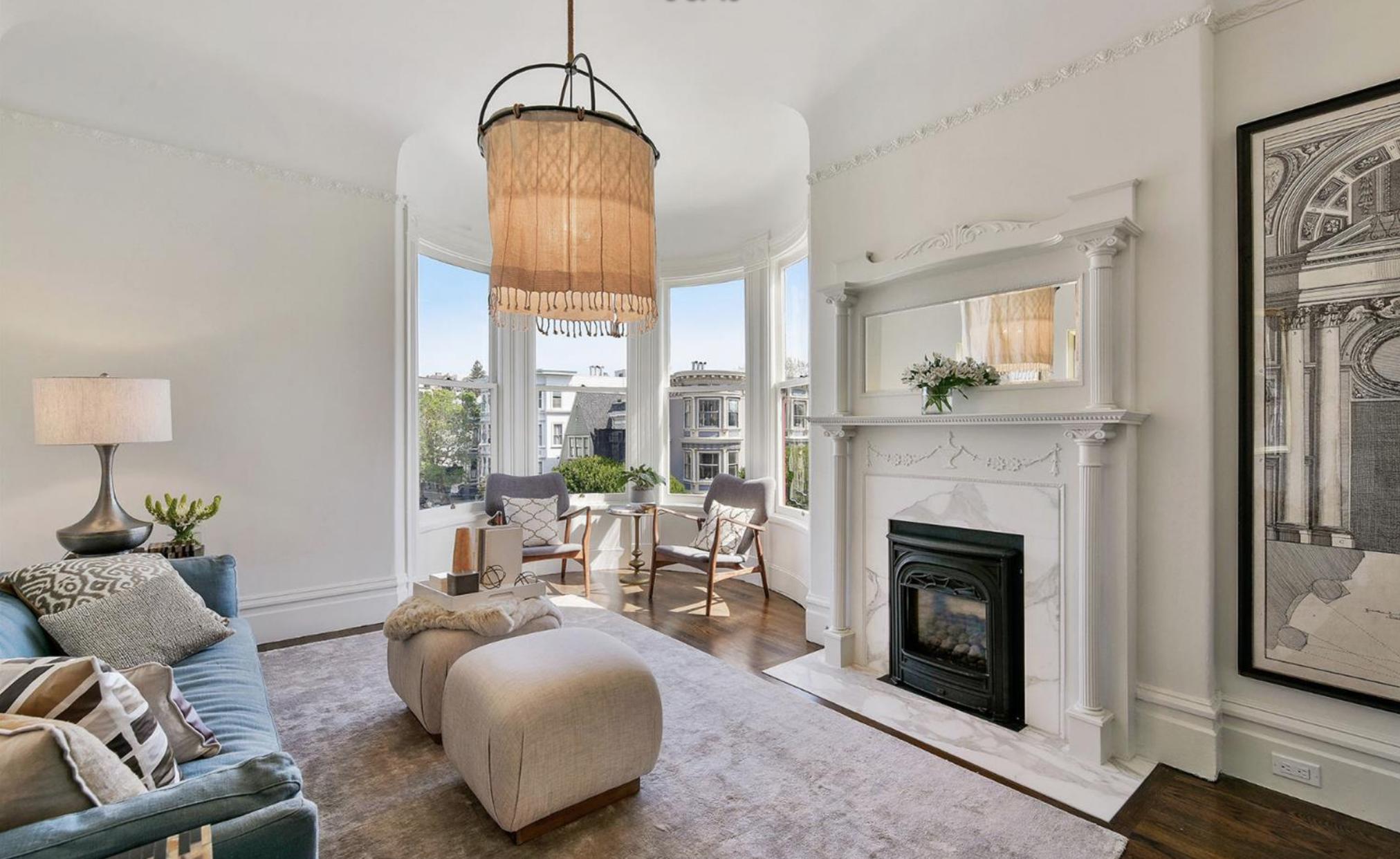 605 Waller Street - Living Room