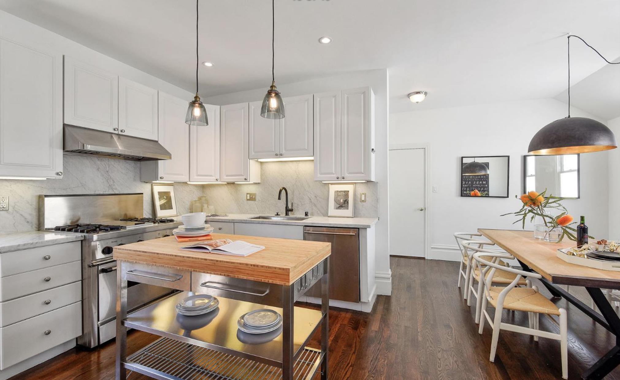 605 Waller Street - Kitchen