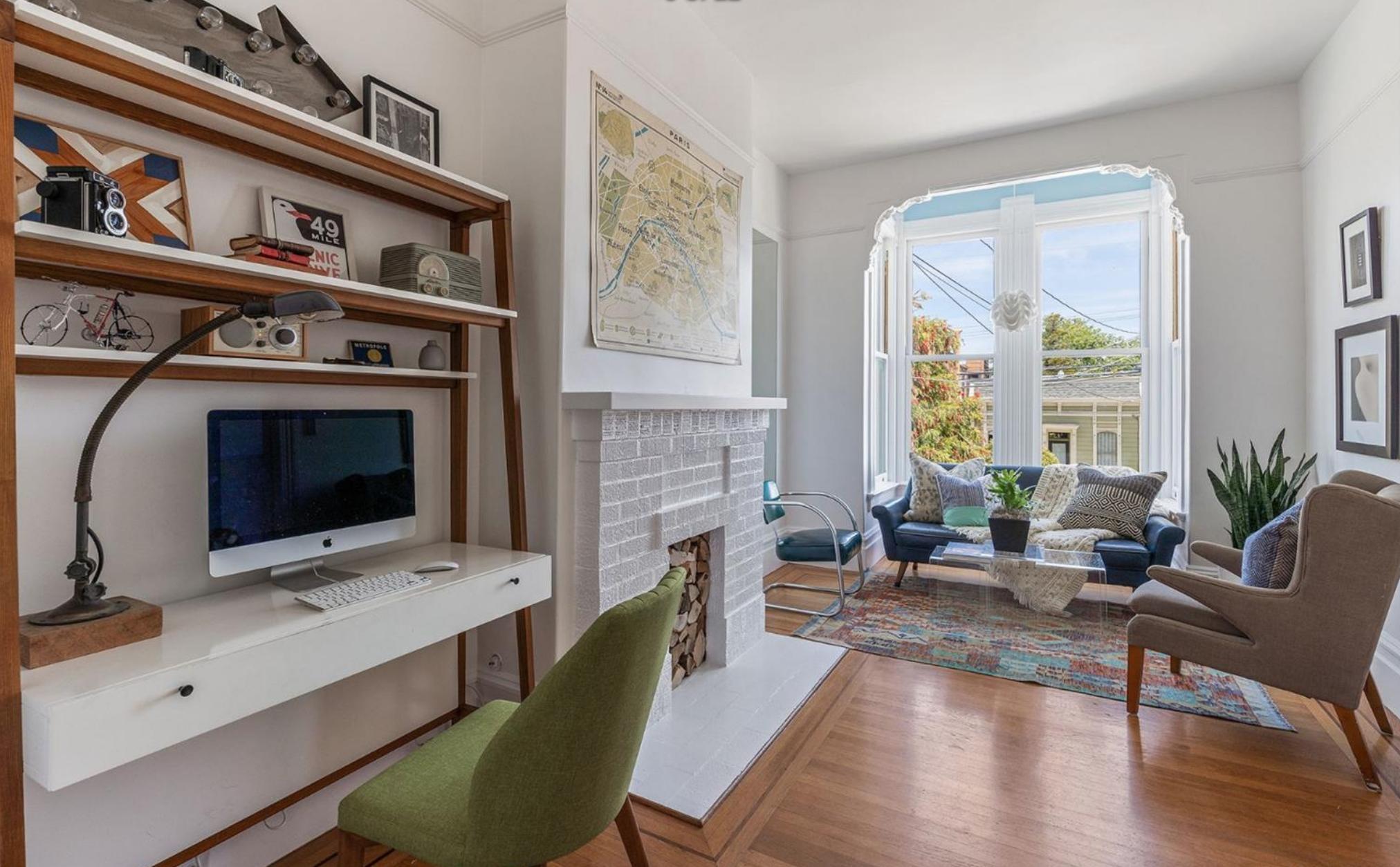 1374 Sanchez Street - Living Room