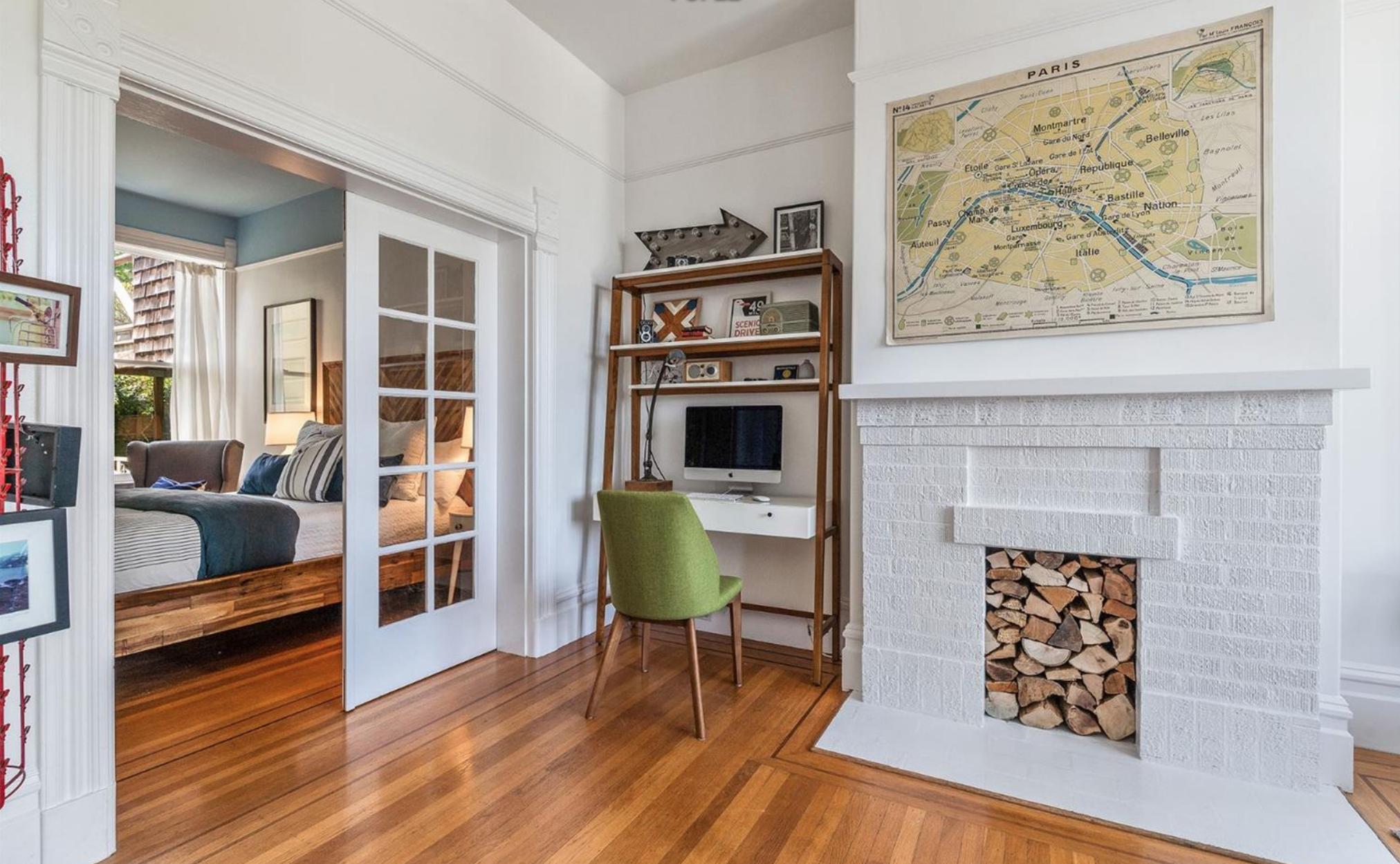 1374 Sanchez Street - Living Area
