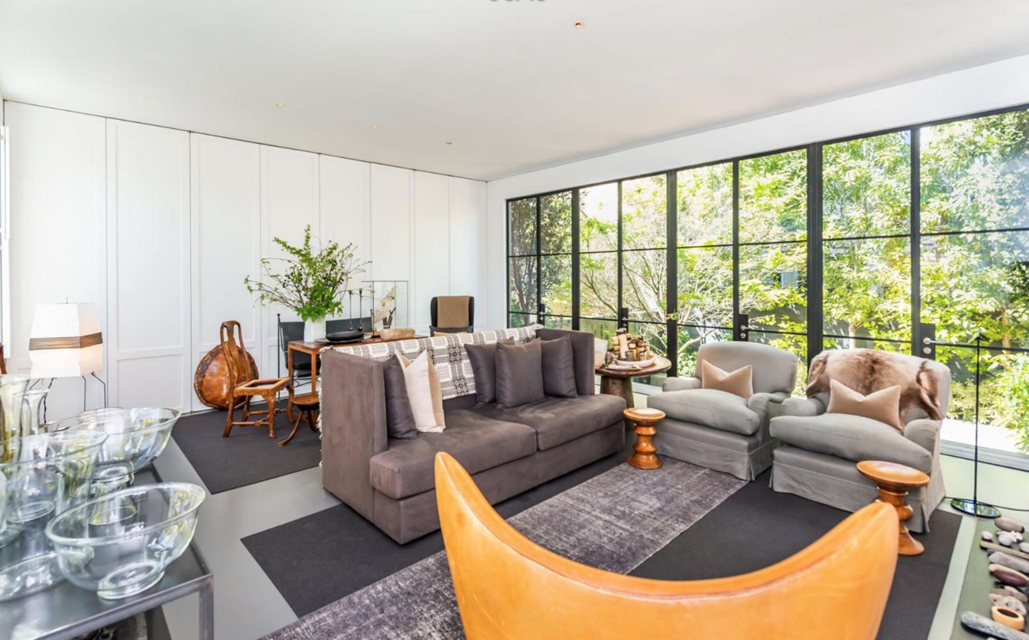 2454 1/2 Bush Street - Living Room