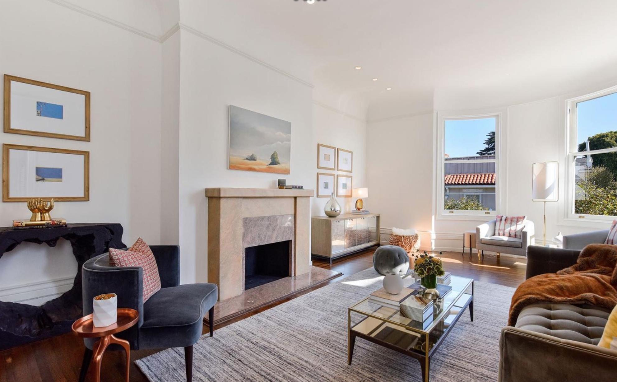 2457 Scott Street - Living Room