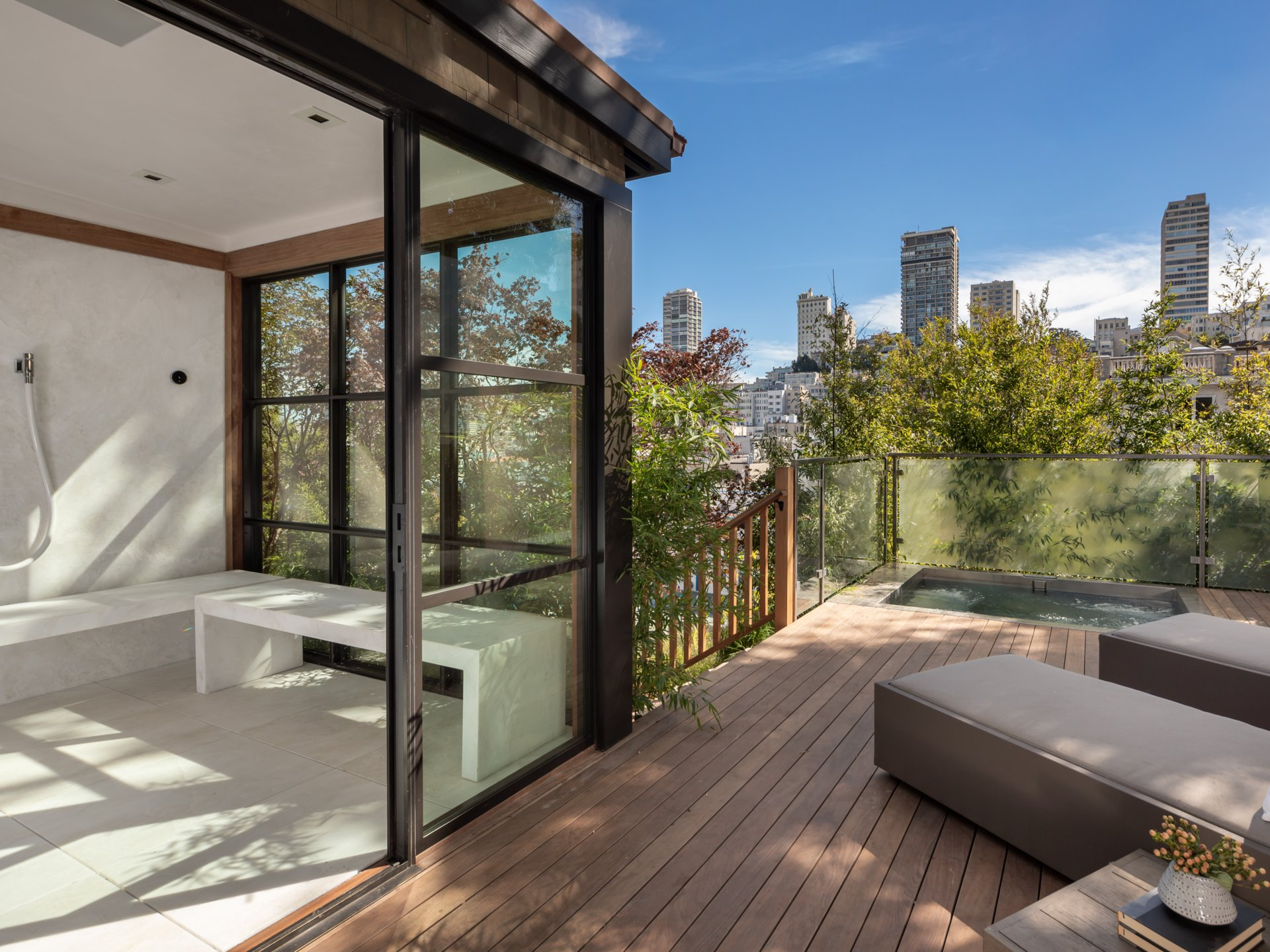 950 Lombard Street - Outdoor Spa