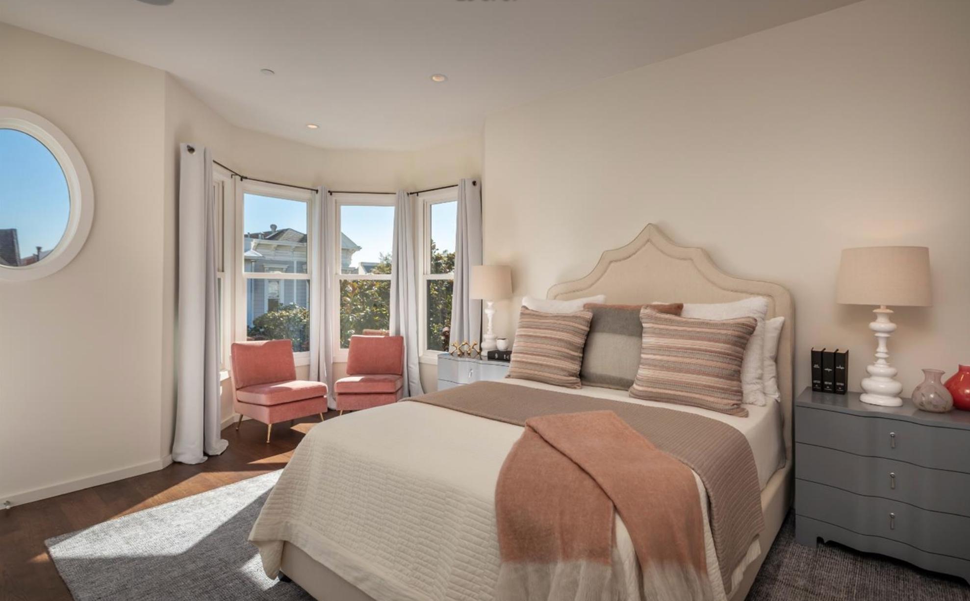 1735 Lyon Street - Bedroom 1