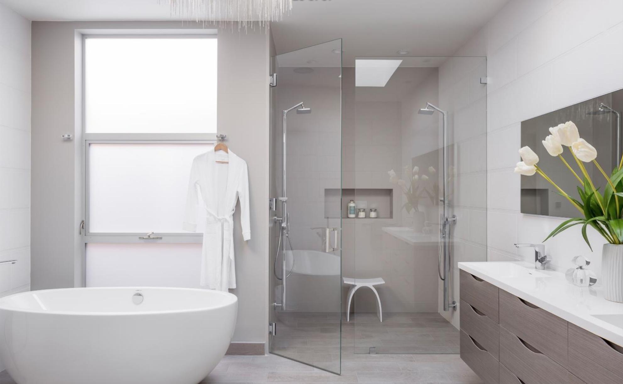 1735 Lyon Street - Master Bathroom