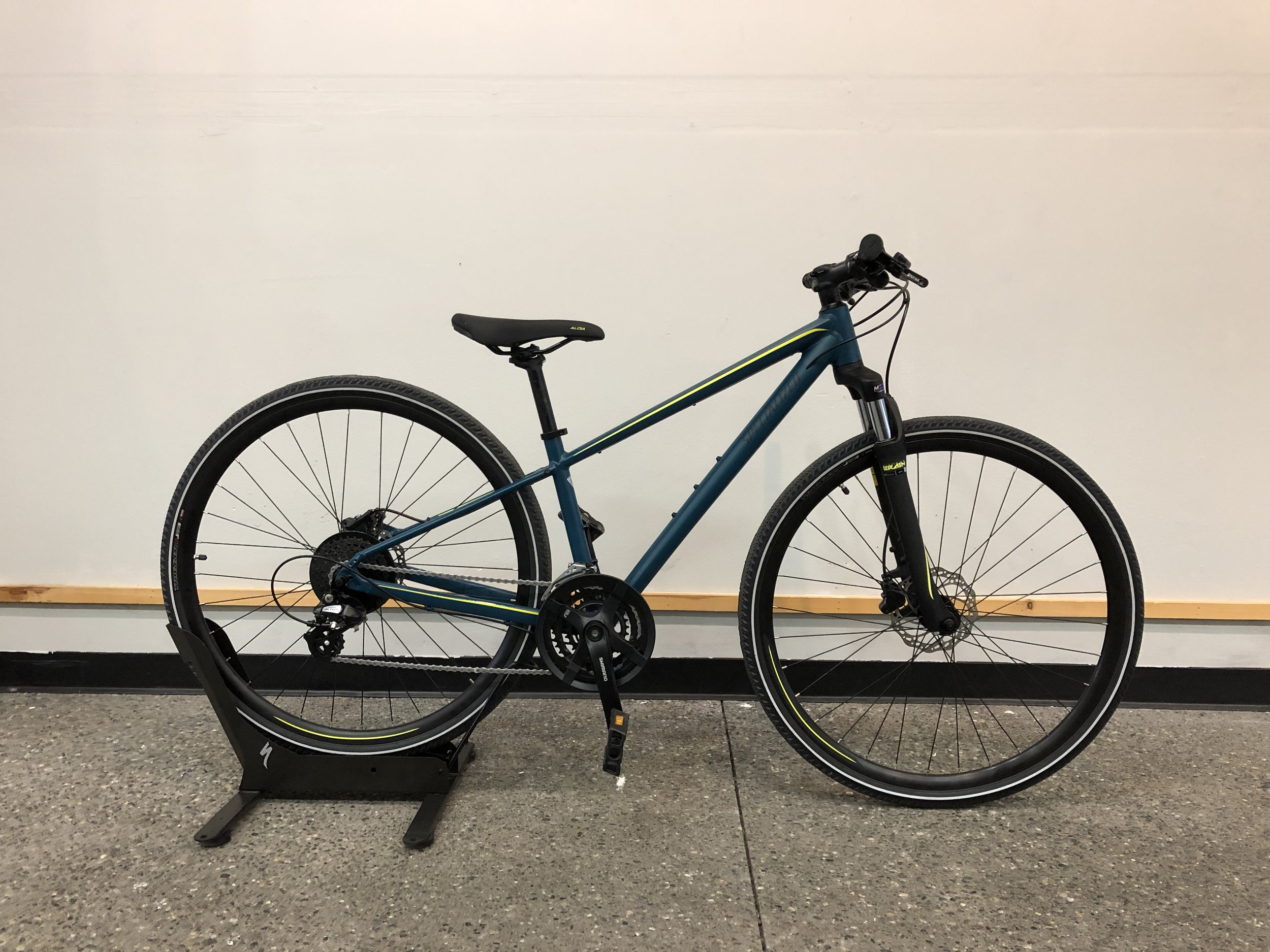 2019 Specialized Ariel Hydraulic Disc $670 - Sizes Available : XS